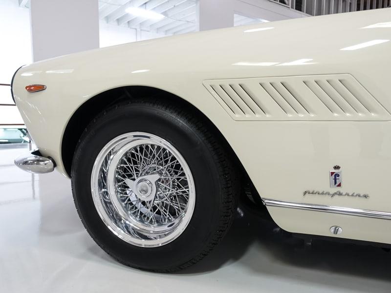 Ferrari_330_GT_22Enzo_Ferrari_0023
