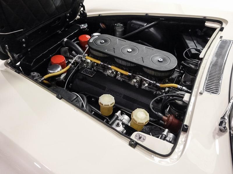 Ferrari_330_GT_22Enzo_Ferrari_0043