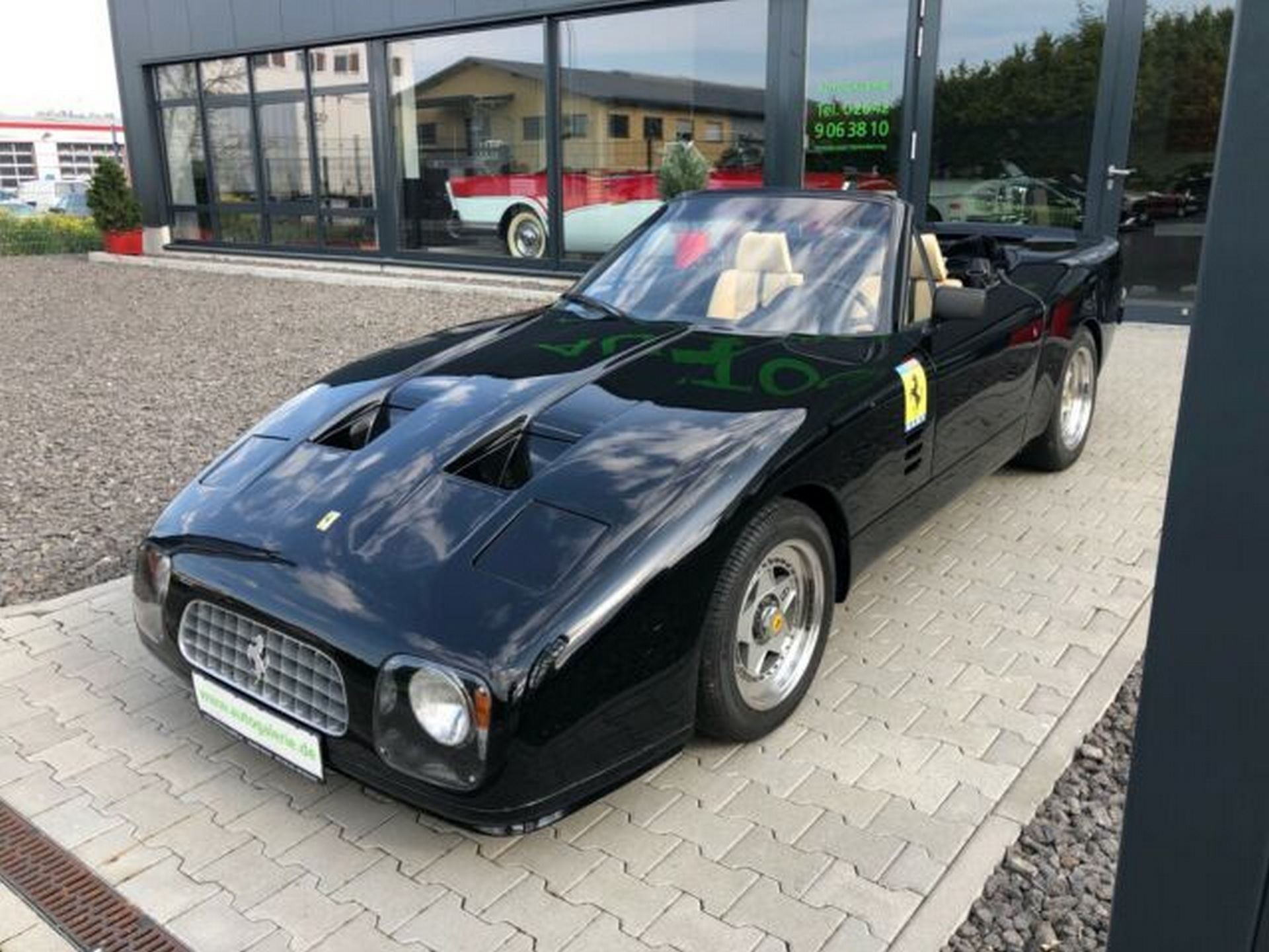 Ferrari-365-GT-NART-for-sale-1
