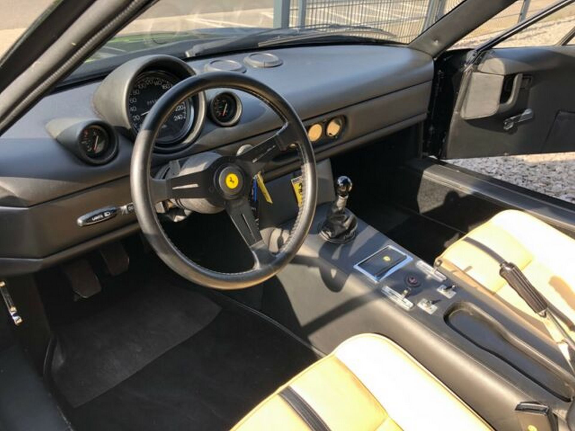 Ferrari-365-GT-NART-for-sale-14
