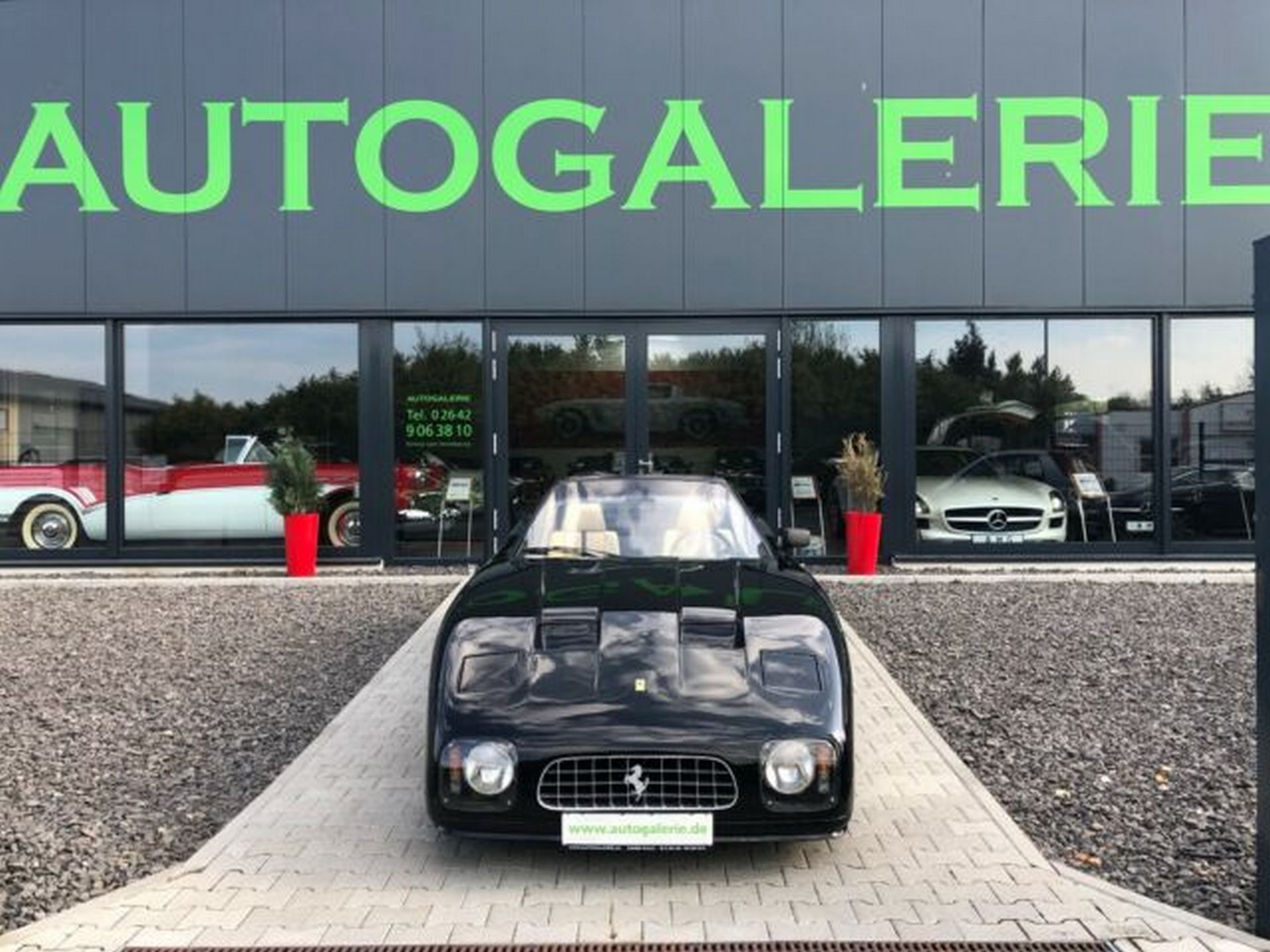 Ferrari-365-GT-NART-for-sale-6
