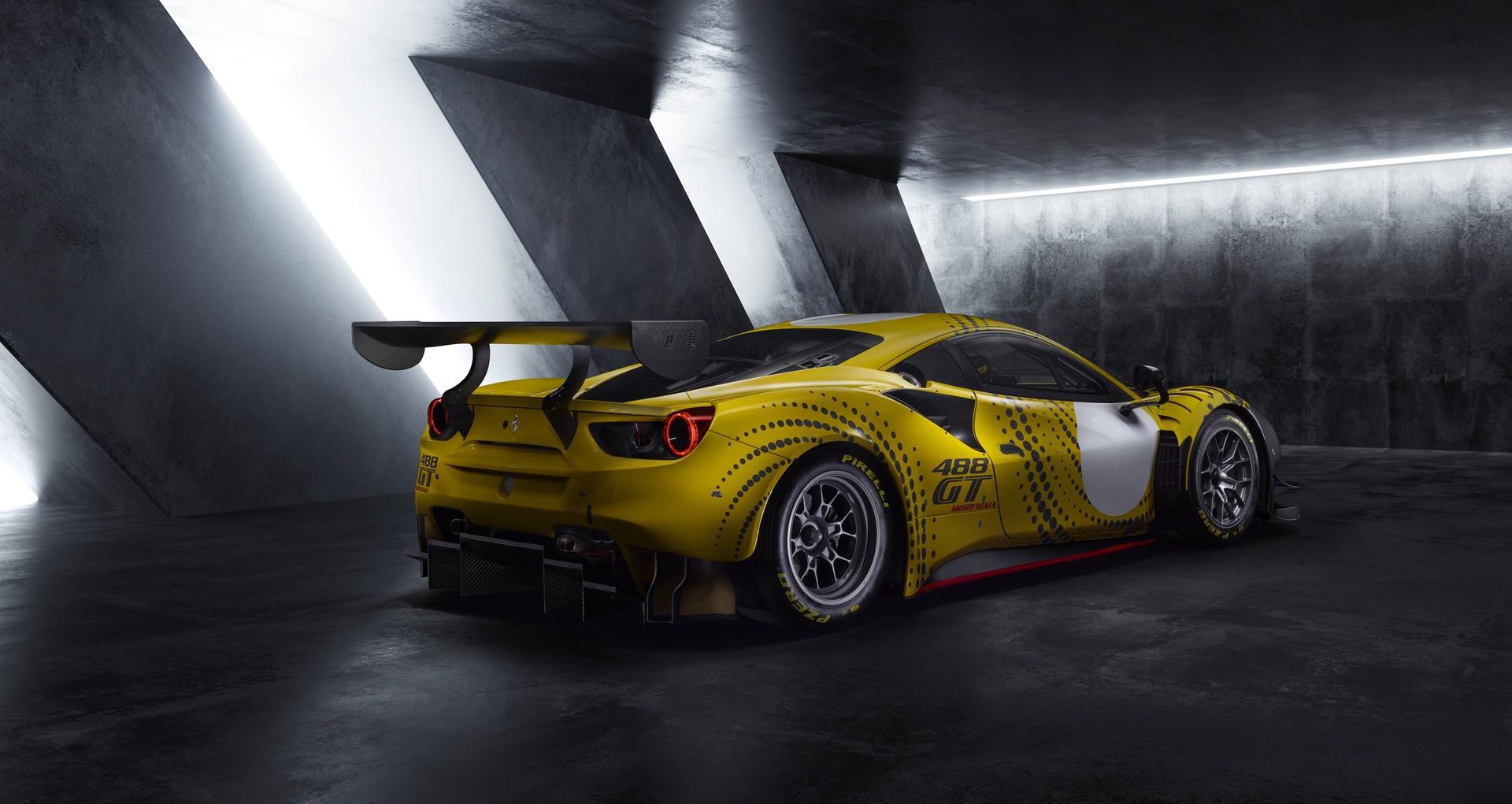 Ferrari_488_GT_Modificata_0001