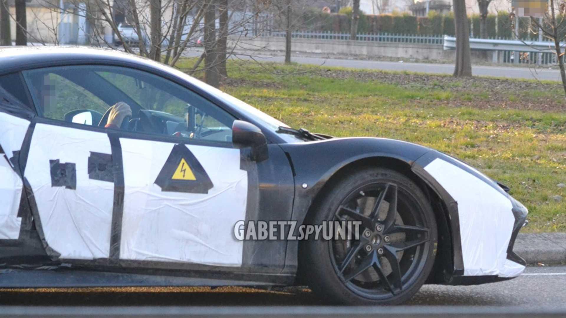 Ferrari_488_Hybrid_Mule_testing_0007
