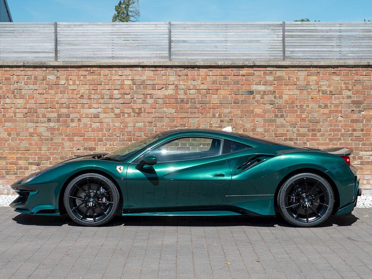 Ferrari_488_Pista_sale_0001