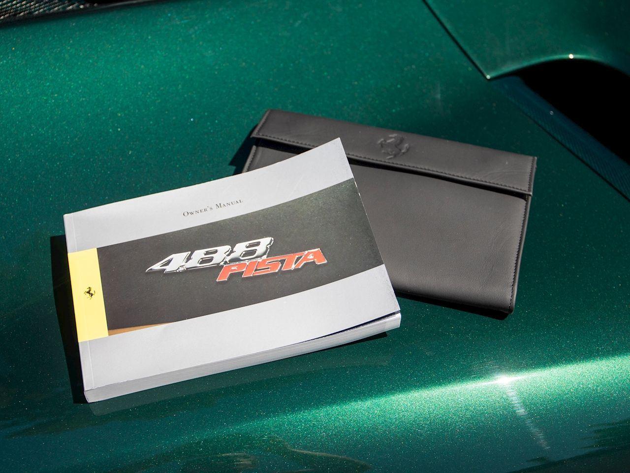 Ferrari_488_Pista_sale_0040
