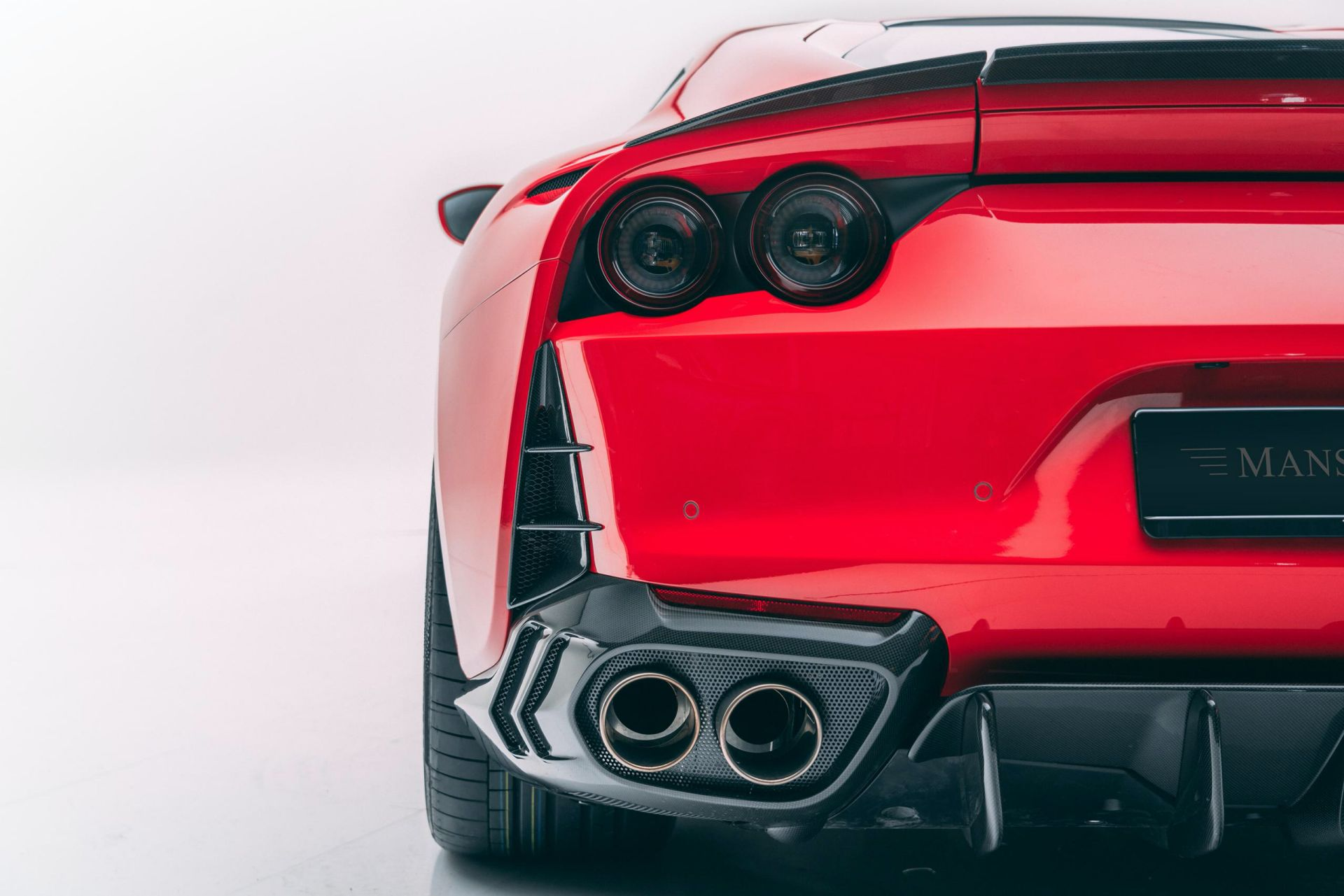 Ferrari-812-Superfast-by-Mansory-14