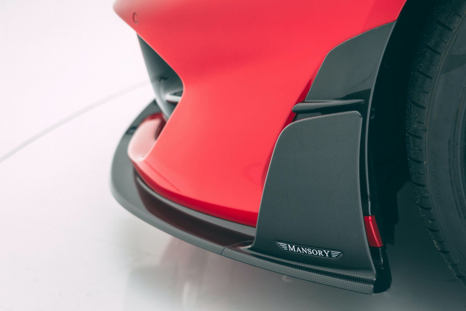 Ferrari-812-Superfast-by-Mansory-15