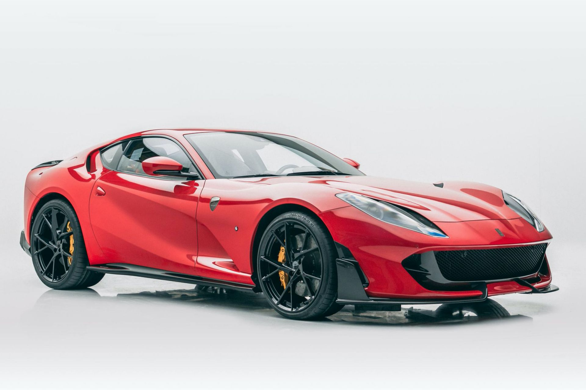 Ferrari-812-Superfast-by-Mansory-3