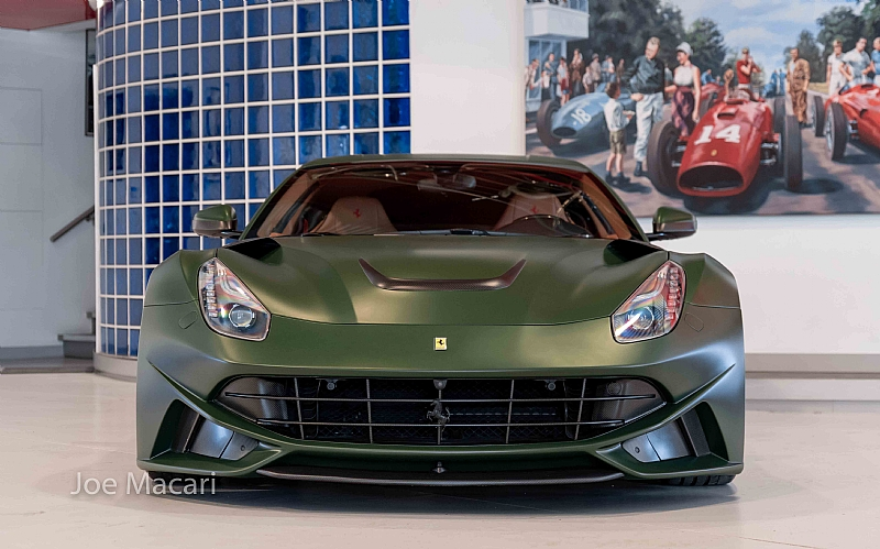 Ferrari_F12_N-Largo_by_Novitec_0000