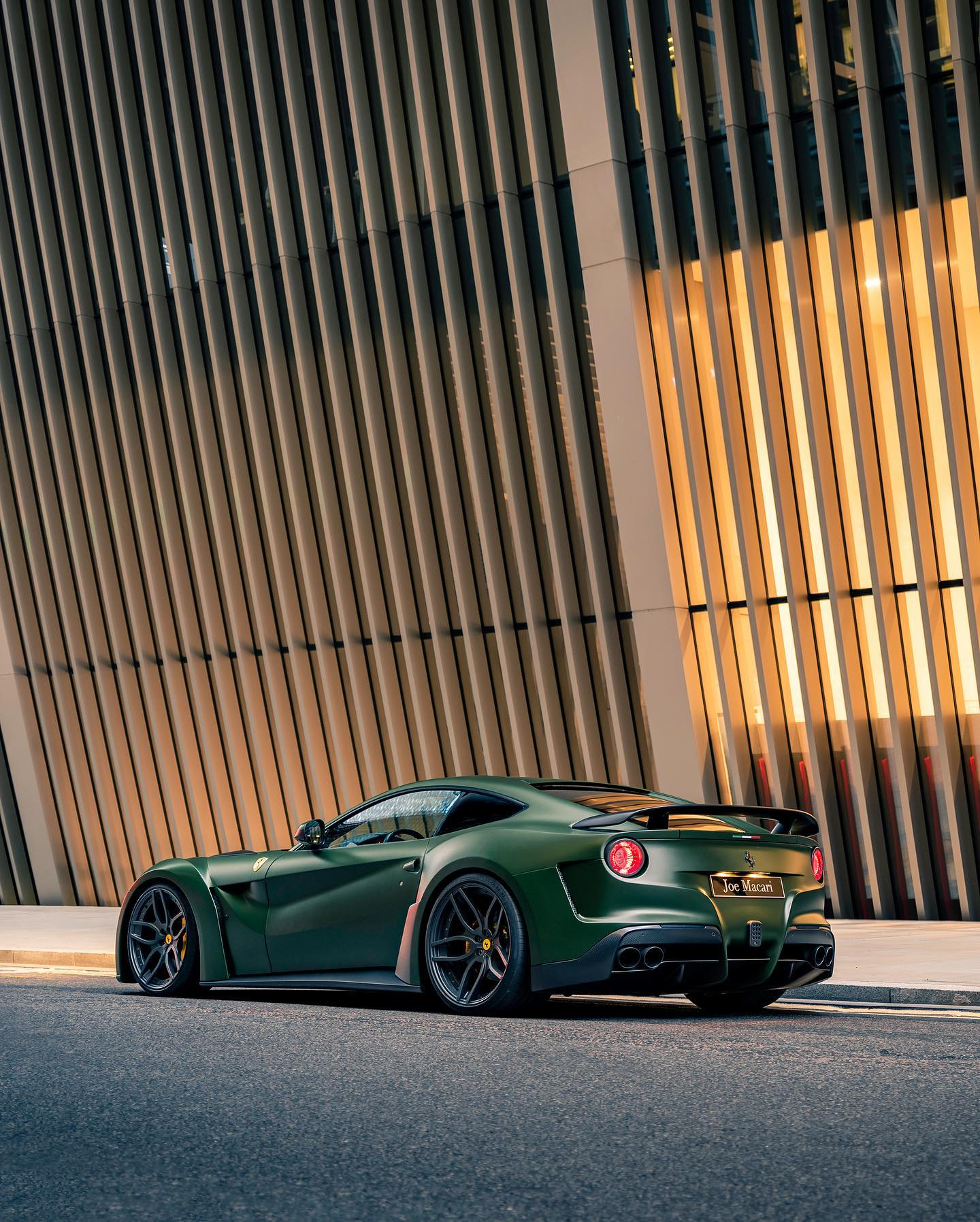 Ferrari_F12_N-Largo_by_Novitec_0019