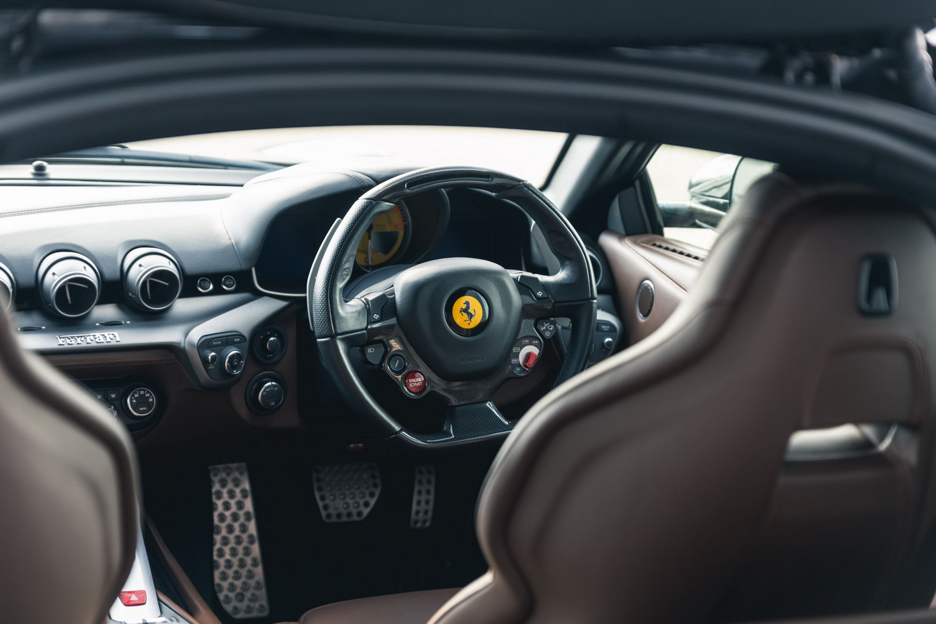 Ferrari-F12berlinetta-Chris-Harris-19