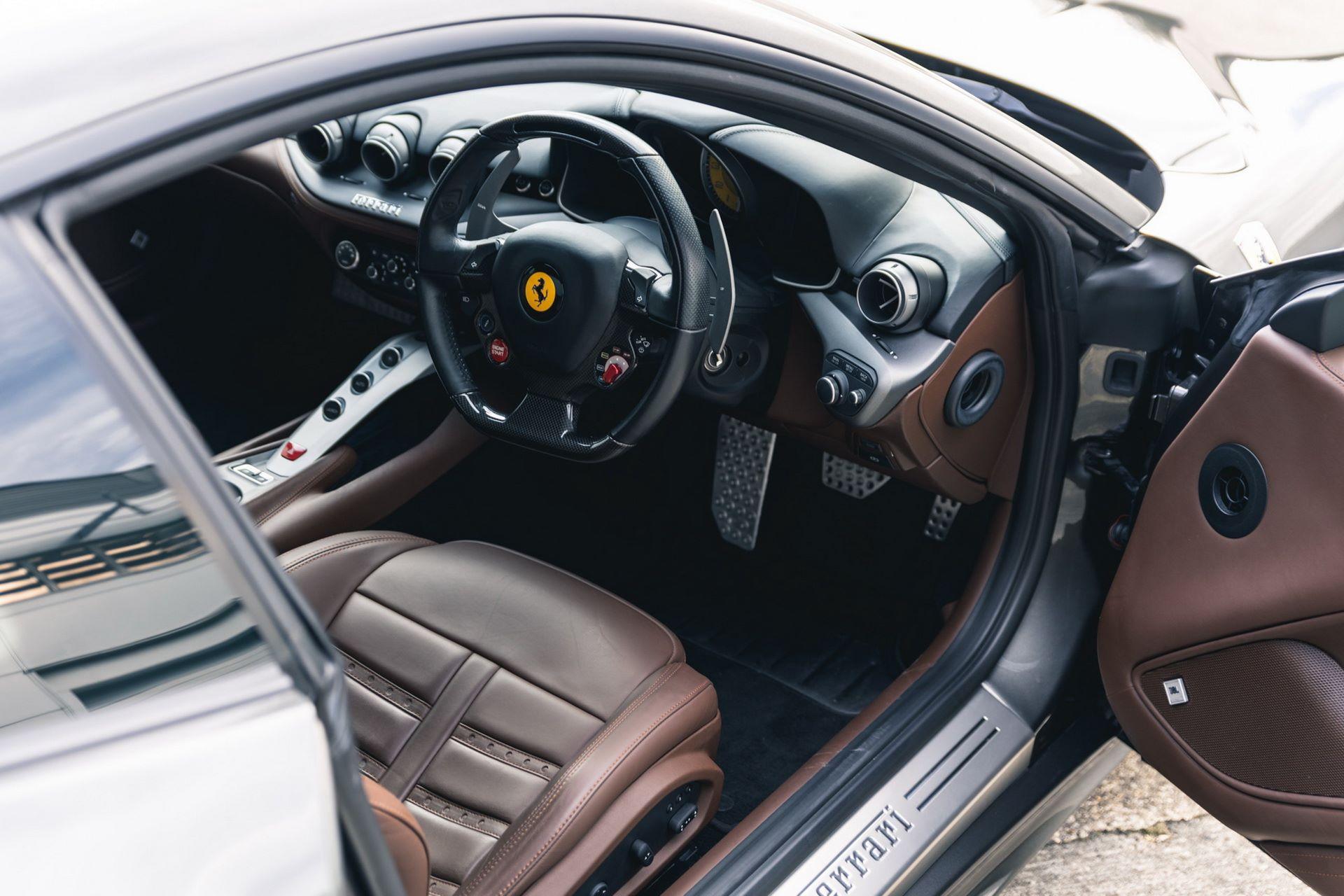 Ferrari-F12berlinetta-Chris-Harris-24