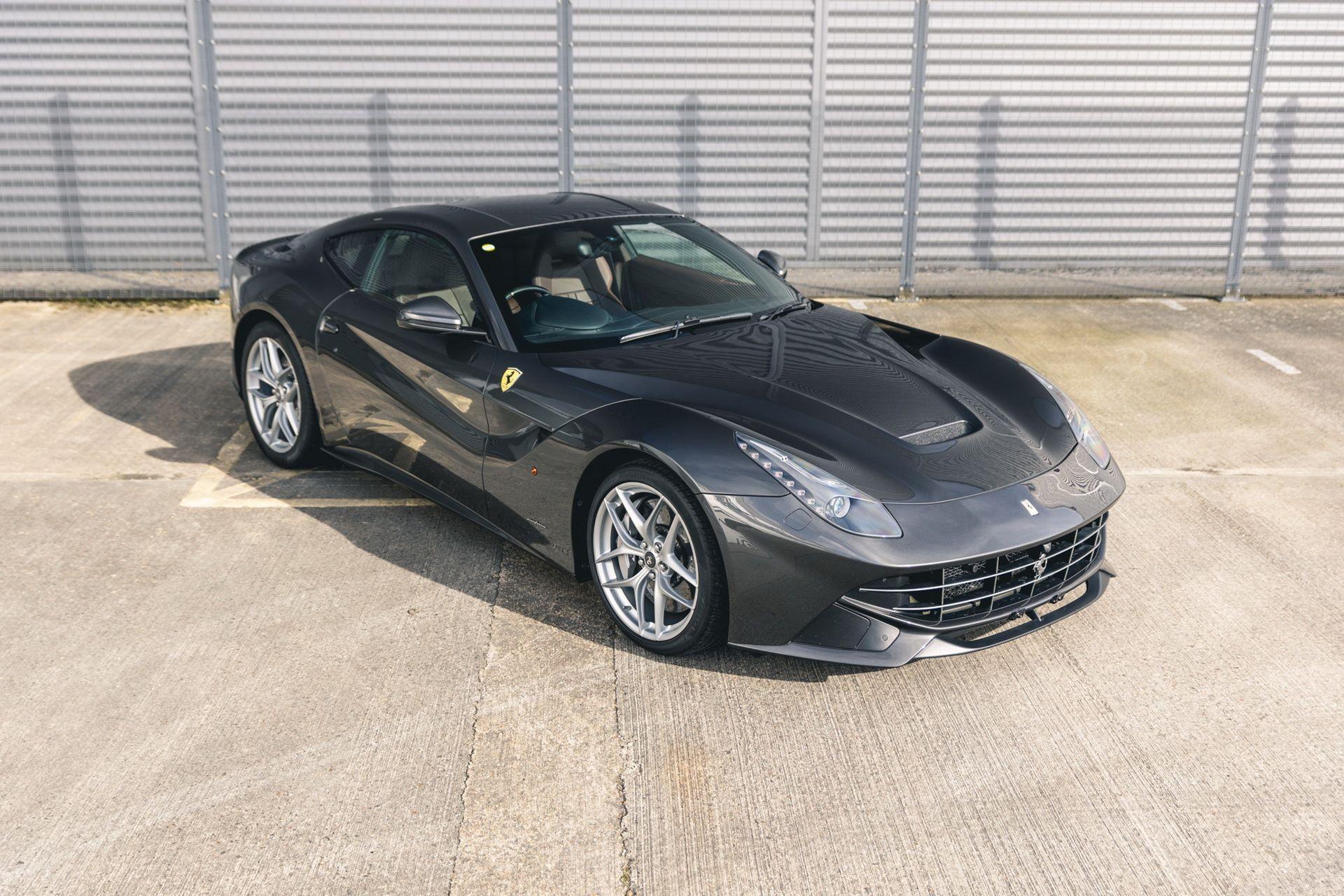 Ferrari-F12berlinetta-Chris-Harris-30