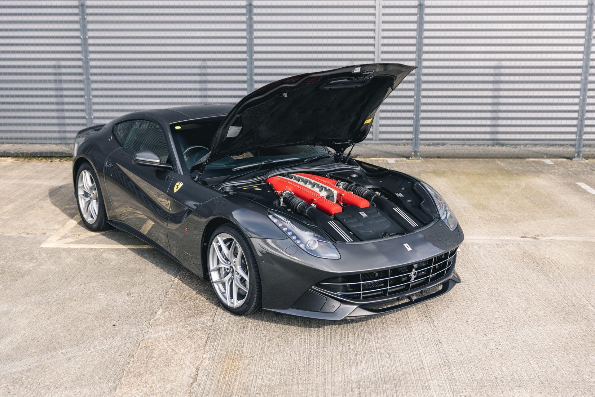 Ferrari-F12berlinetta-Chris-Harris-5