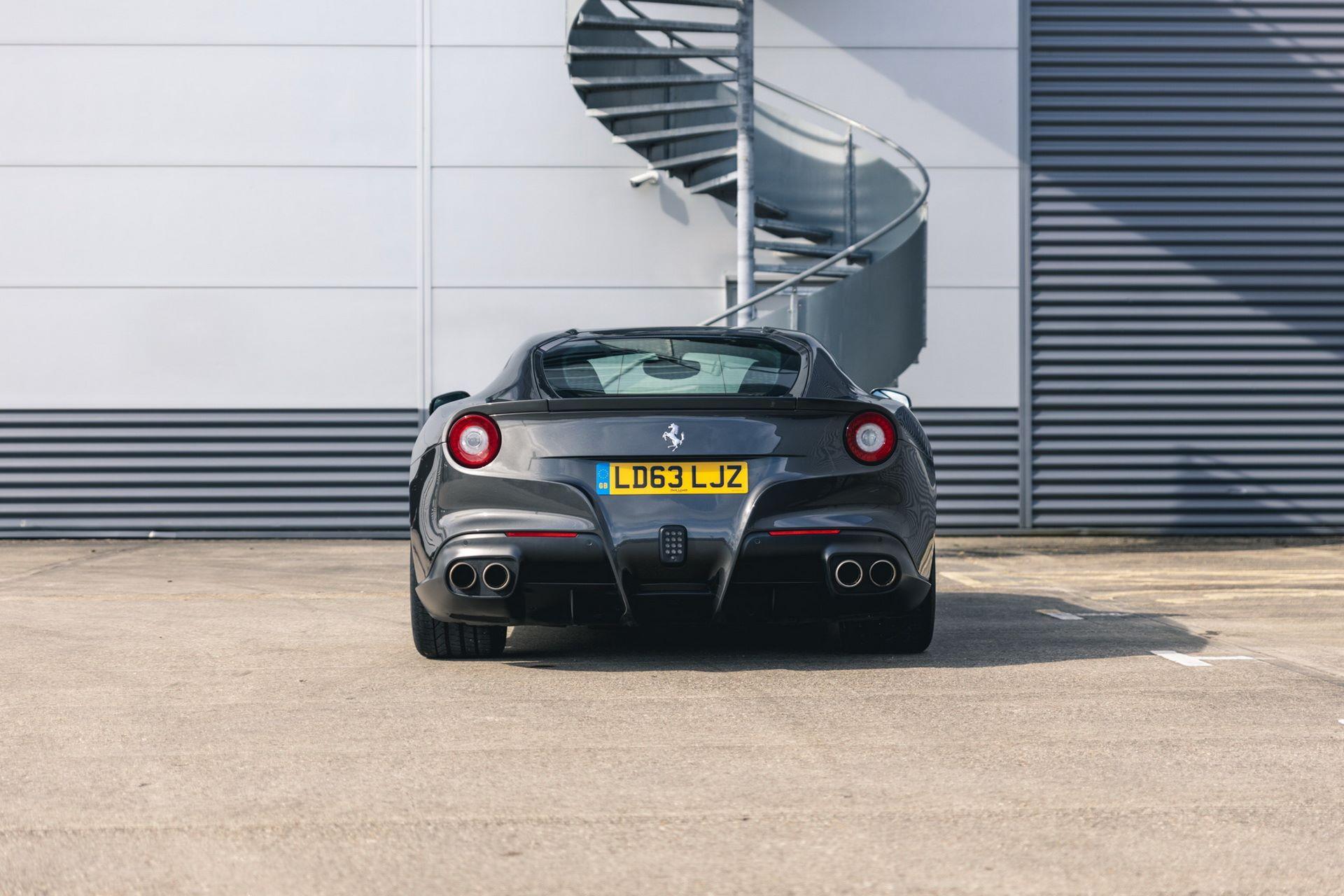 Ferrari-F12berlinetta-Chris-Harris-9