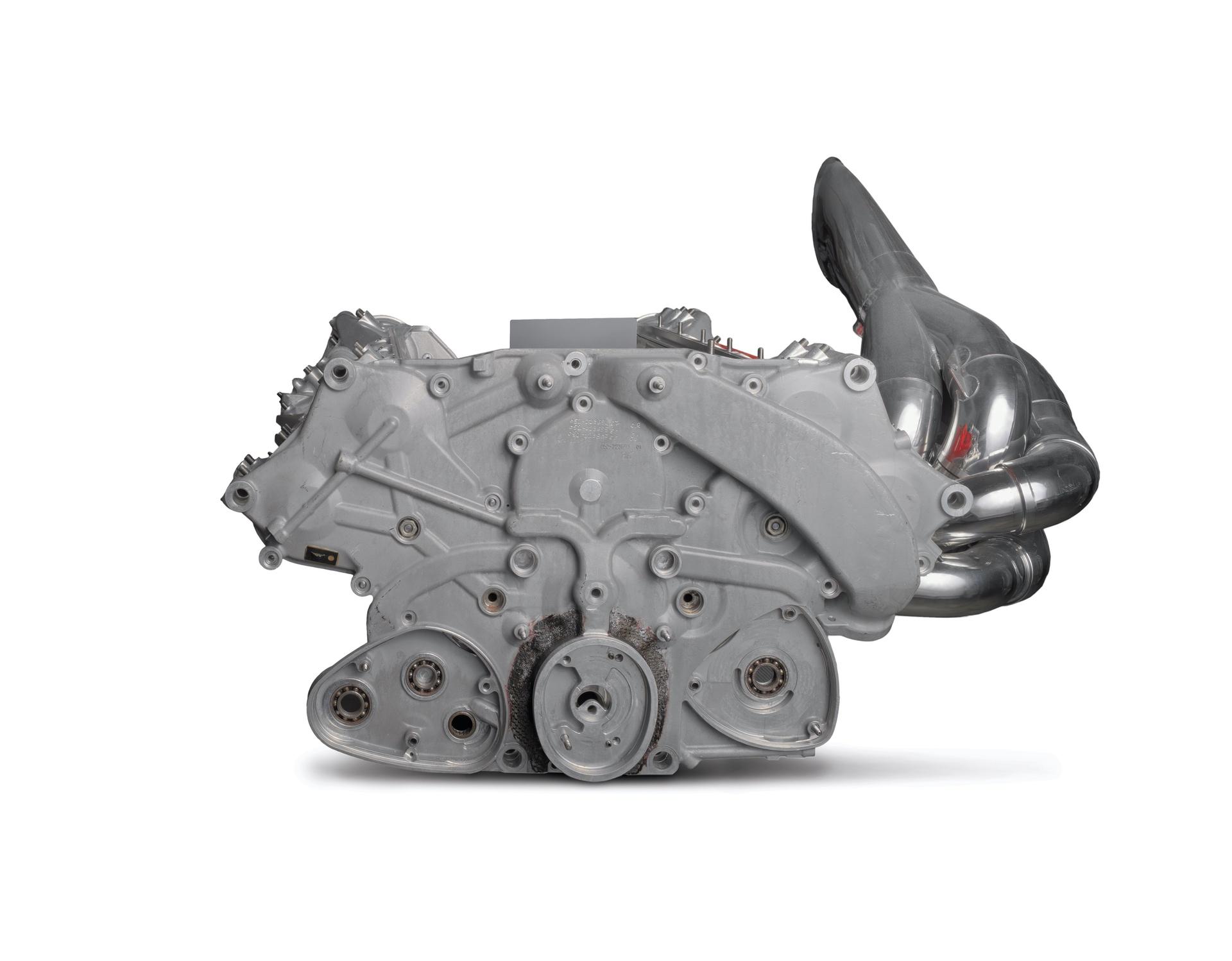 Ferrari_F2003-GA_Engine_0003
