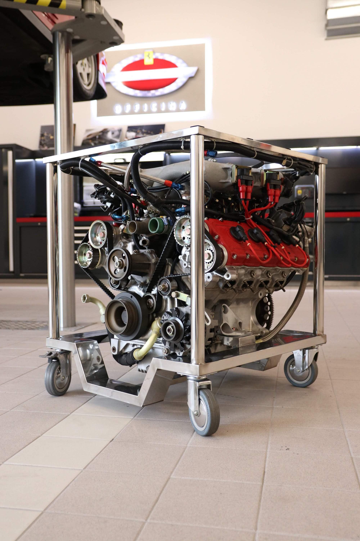 Ferrari_F40_Engine_0001