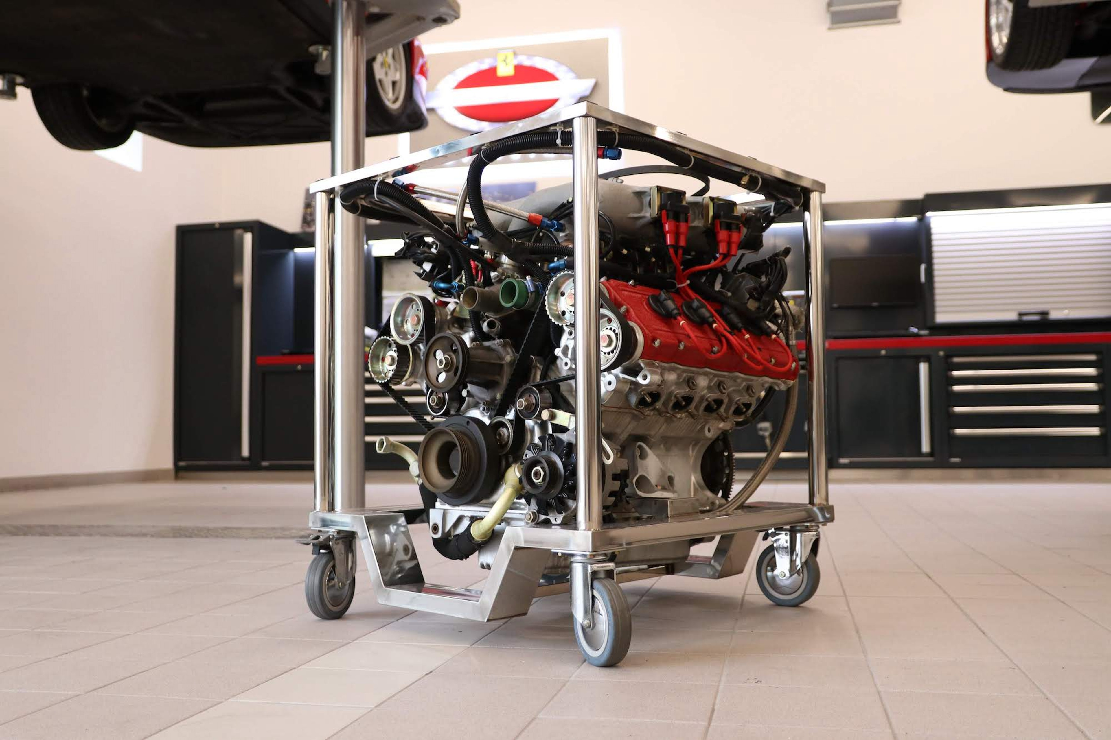 Ferrari_F40_Engine_0002