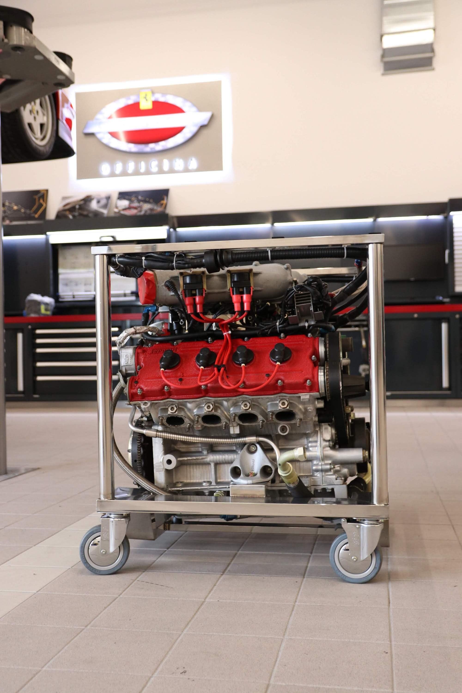 Ferrari_F40_Engine_0005