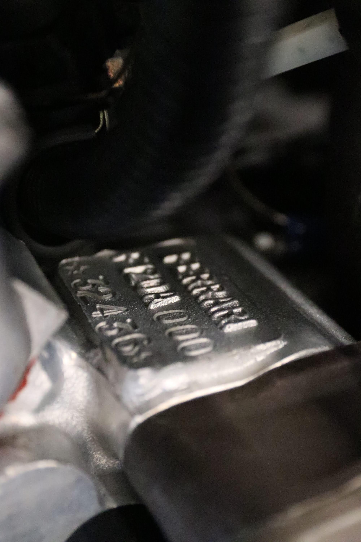 Ferrari_F40_Engine_0009