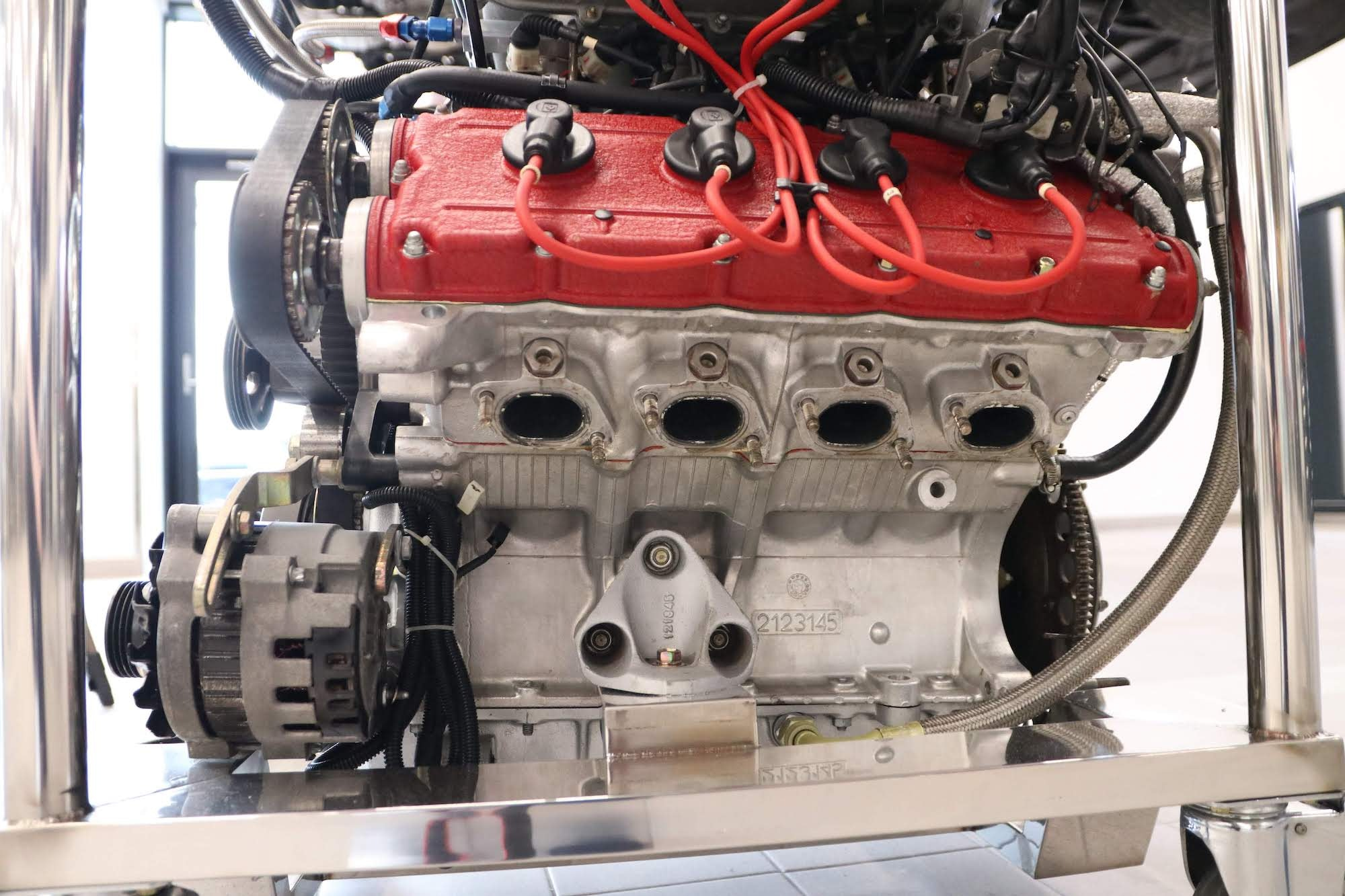 Ferrari_F40_Engine_0016