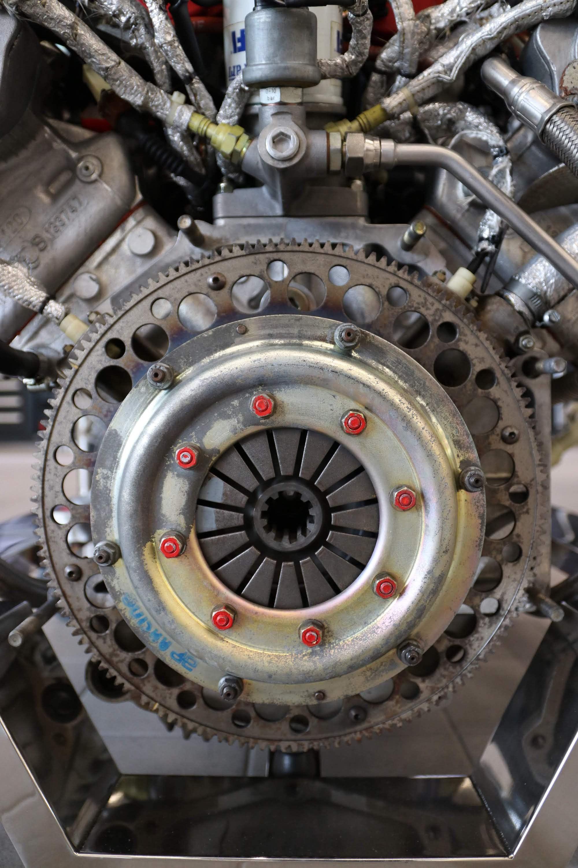 Ferrari_F40_Engine_0017