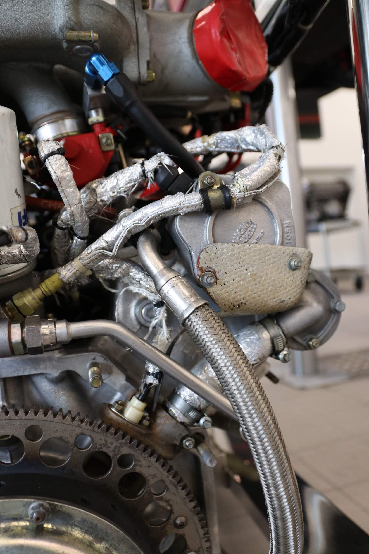 Ferrari_F40_Engine_0019