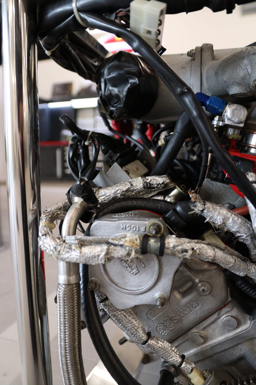 Ferrari_F40_Engine_0020