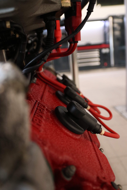 Ferrari_F40_Engine_0025