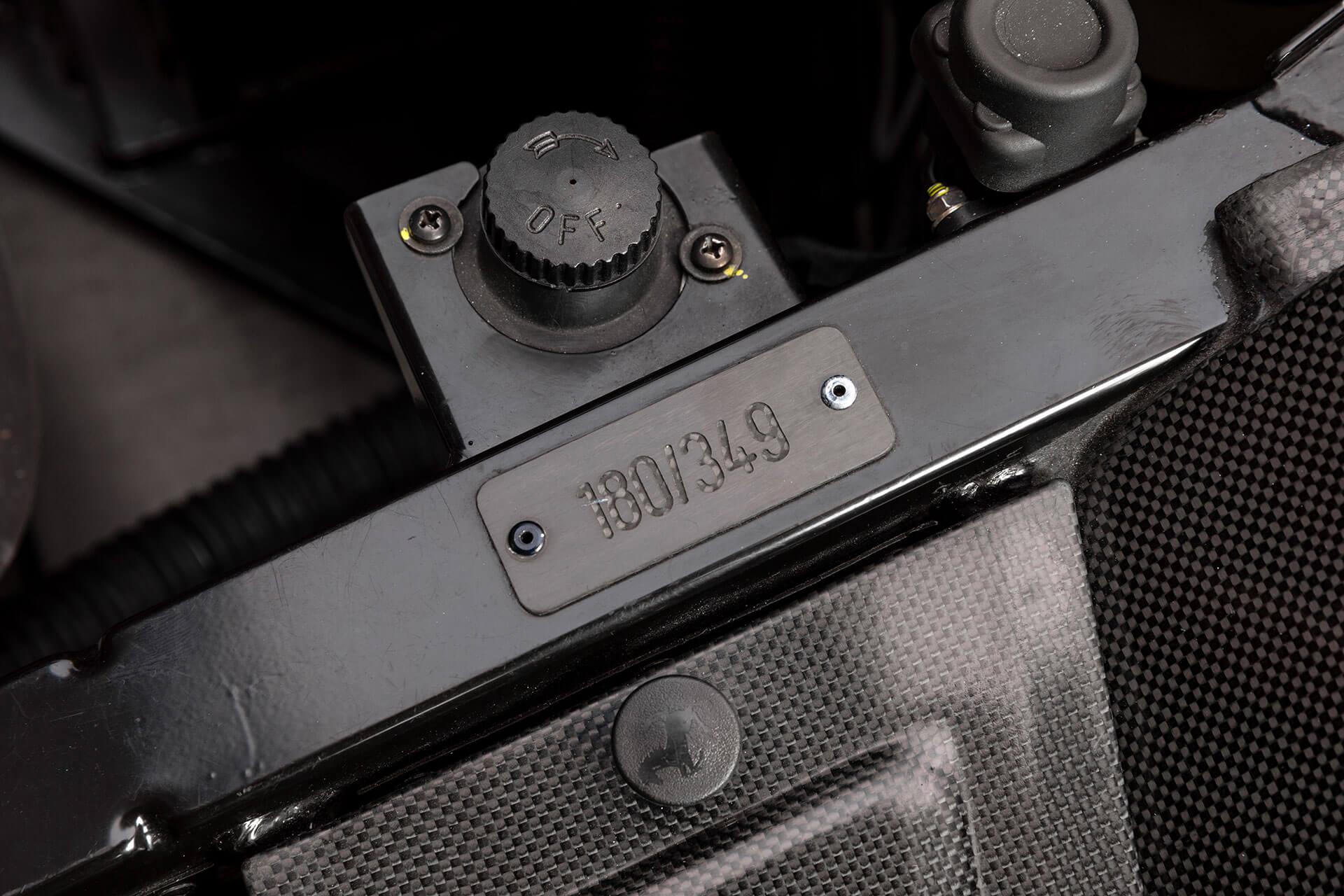 Ferrari-F50-11