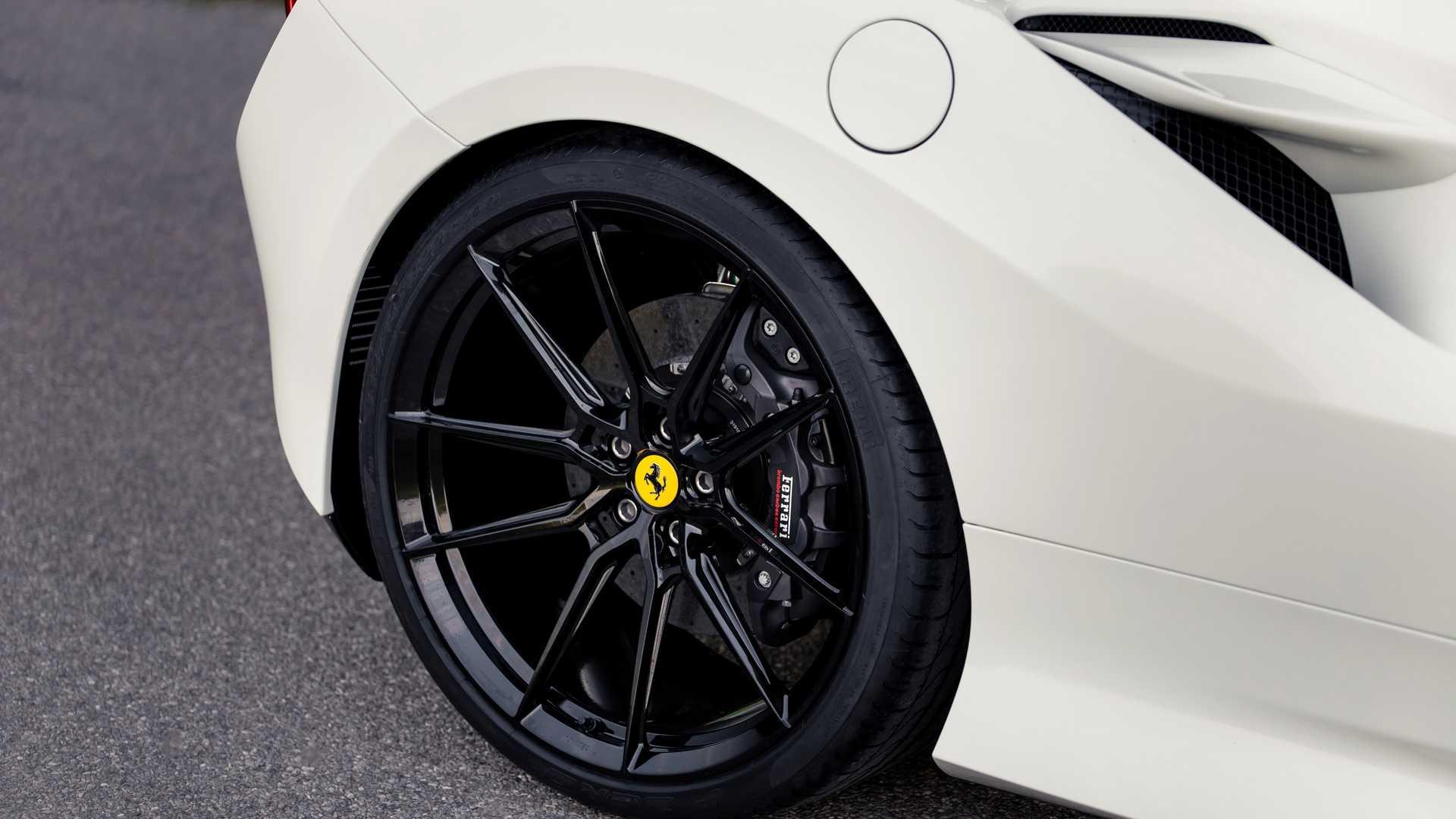 Ferrari_F8_Tributo_by_Novitec_0011