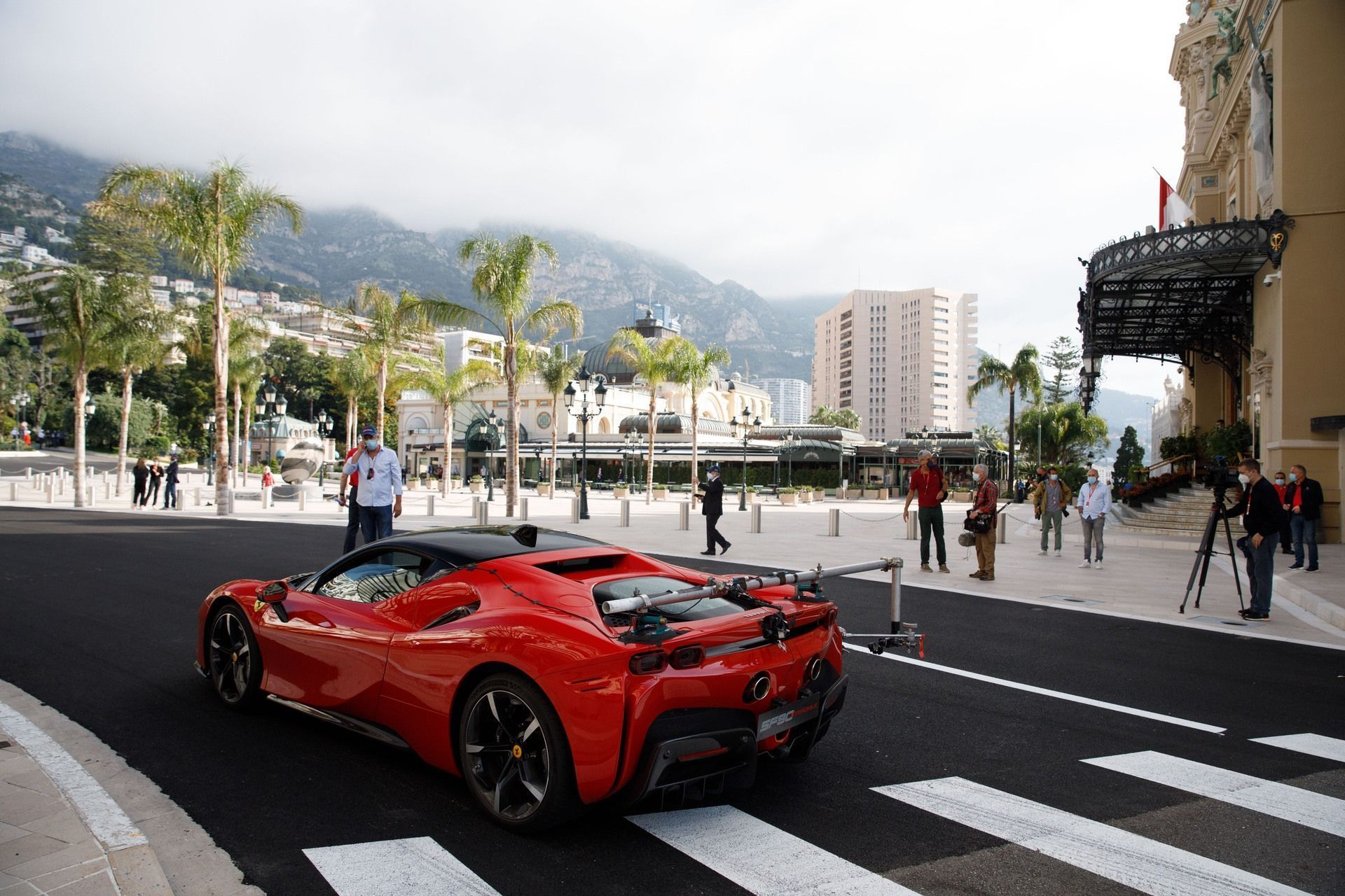 Ferrari_SF90_Stradale_Claude_Charles_Leclerc_Monaco_2020_0002