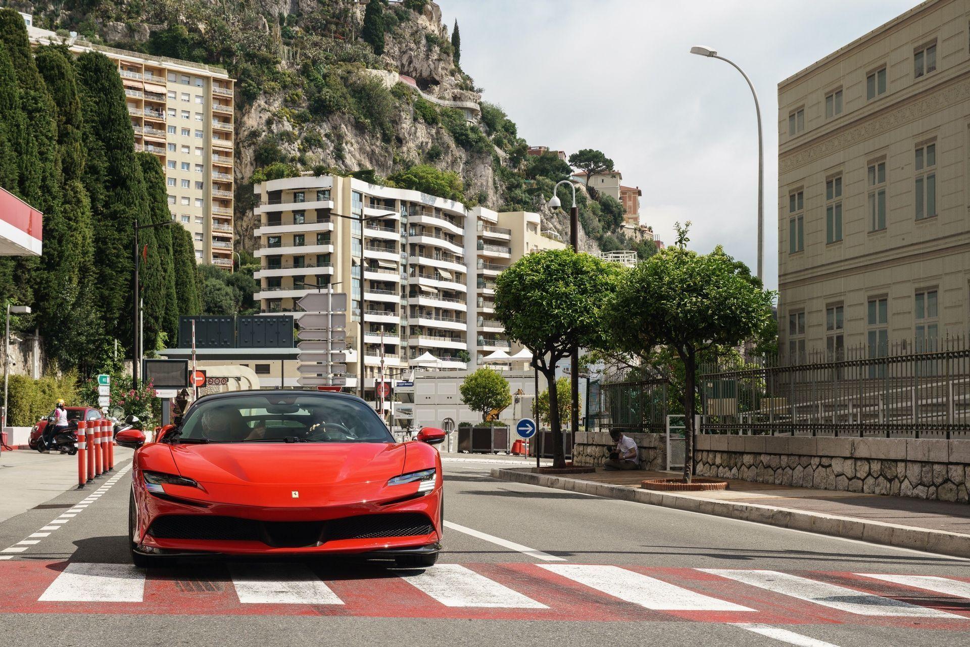 Ferrari_SF90_Stradale_Claude_Charles_Leclerc_Monaco_2020_0007