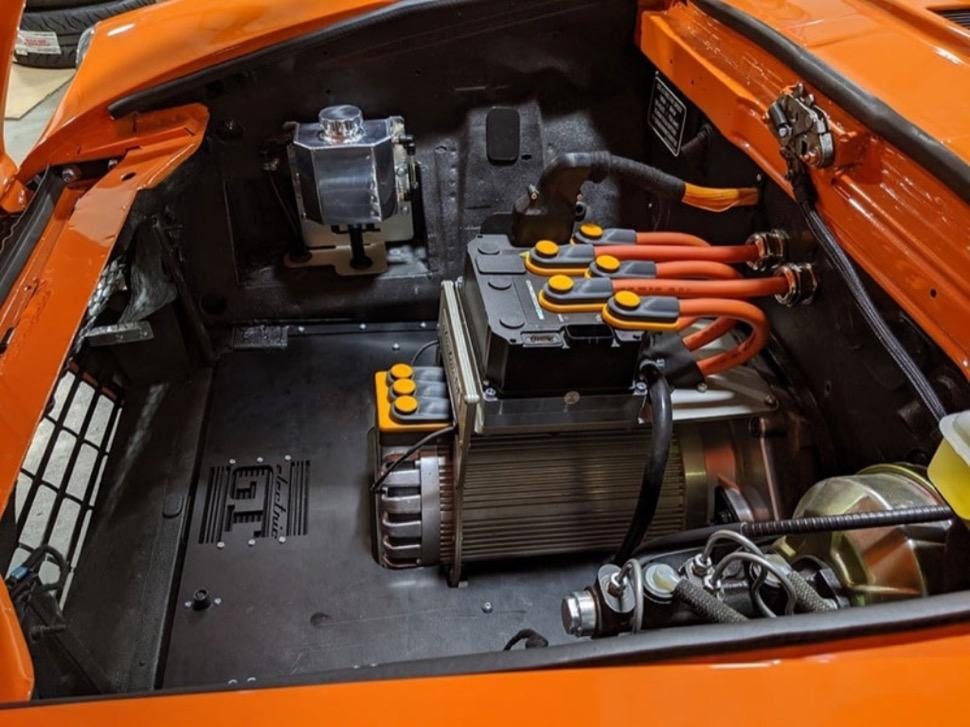 Fiat-124-Spider-ev-9