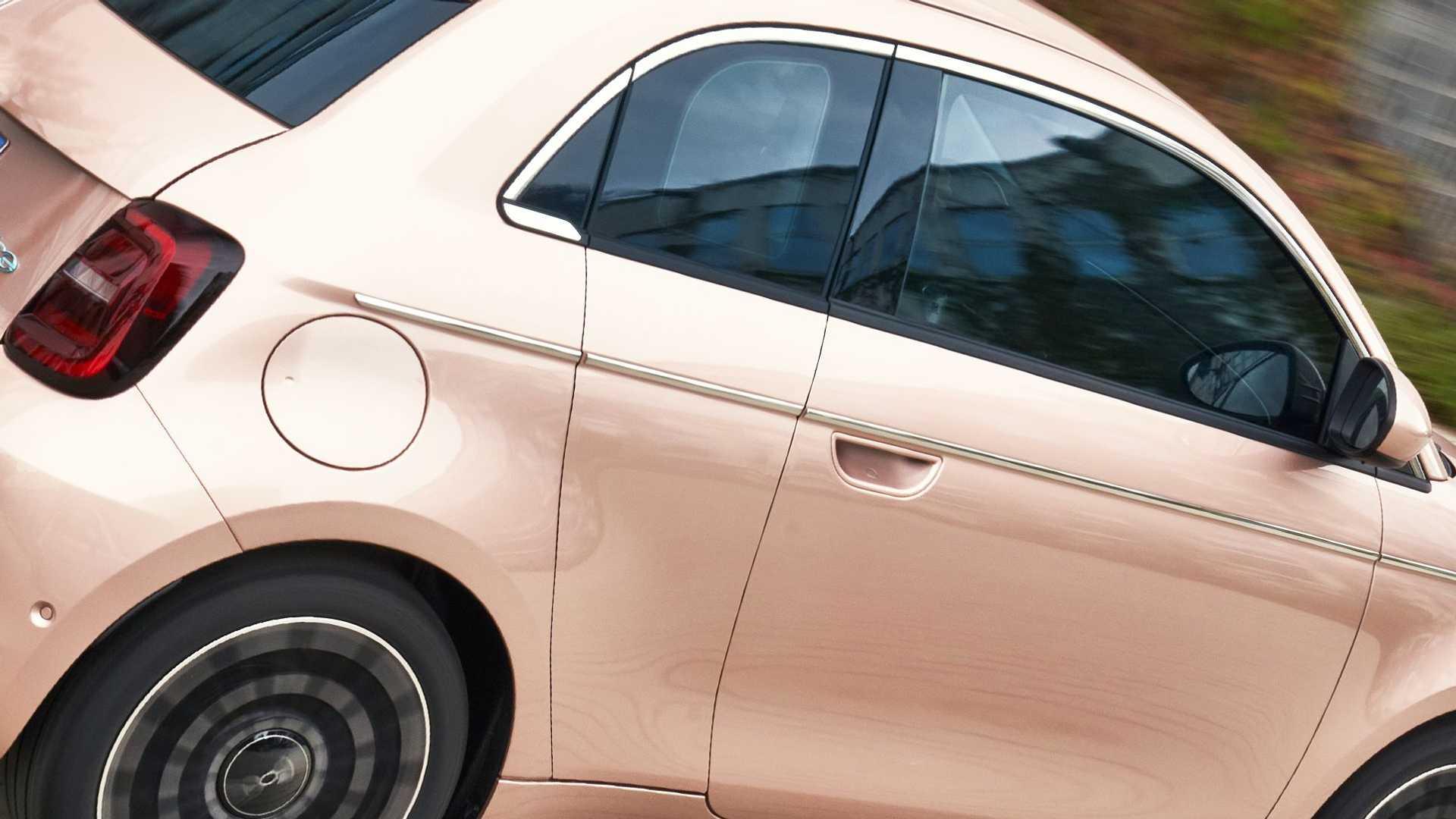 Fiat-500-Electric-31-12