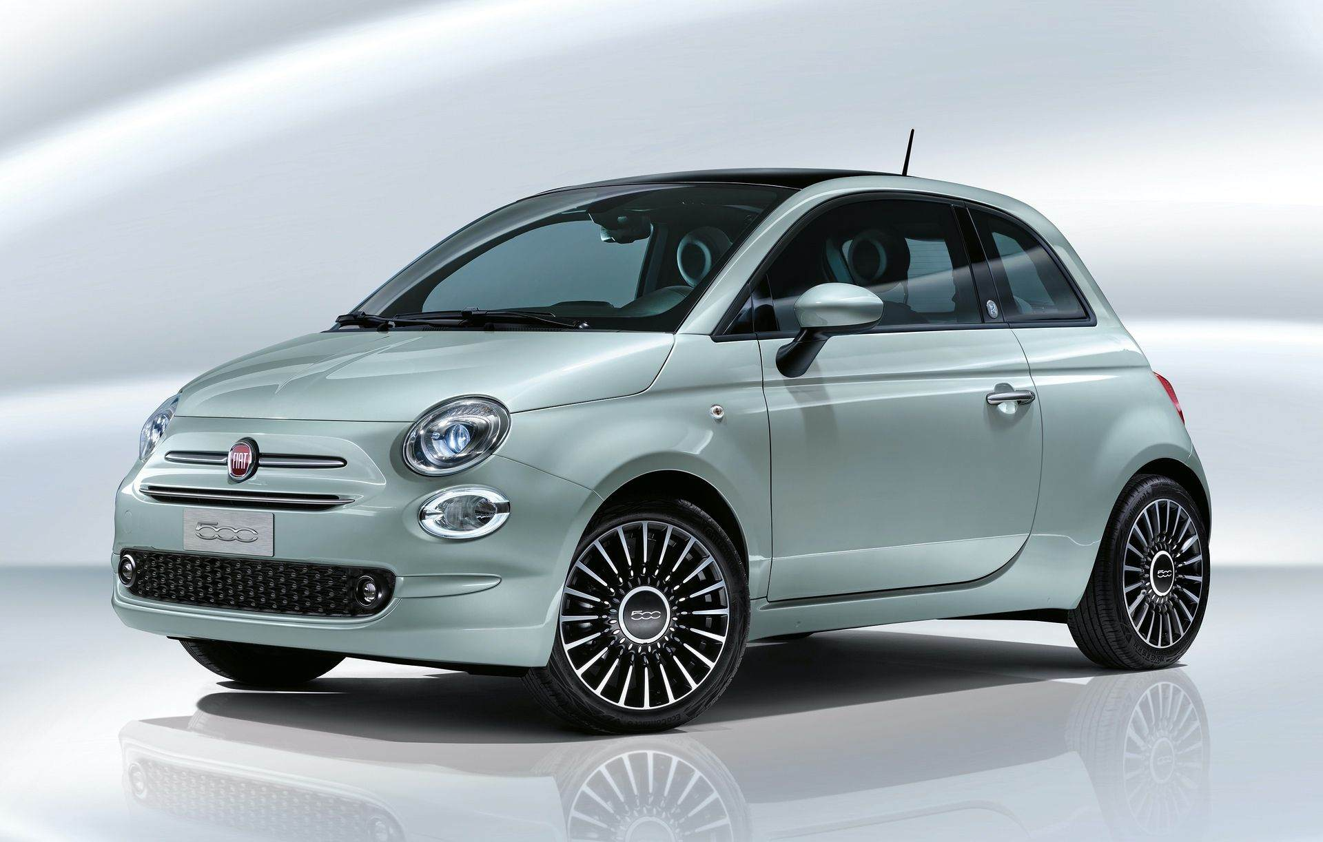 200108_Fiat_500-Hybrid-Launch-Edition_02