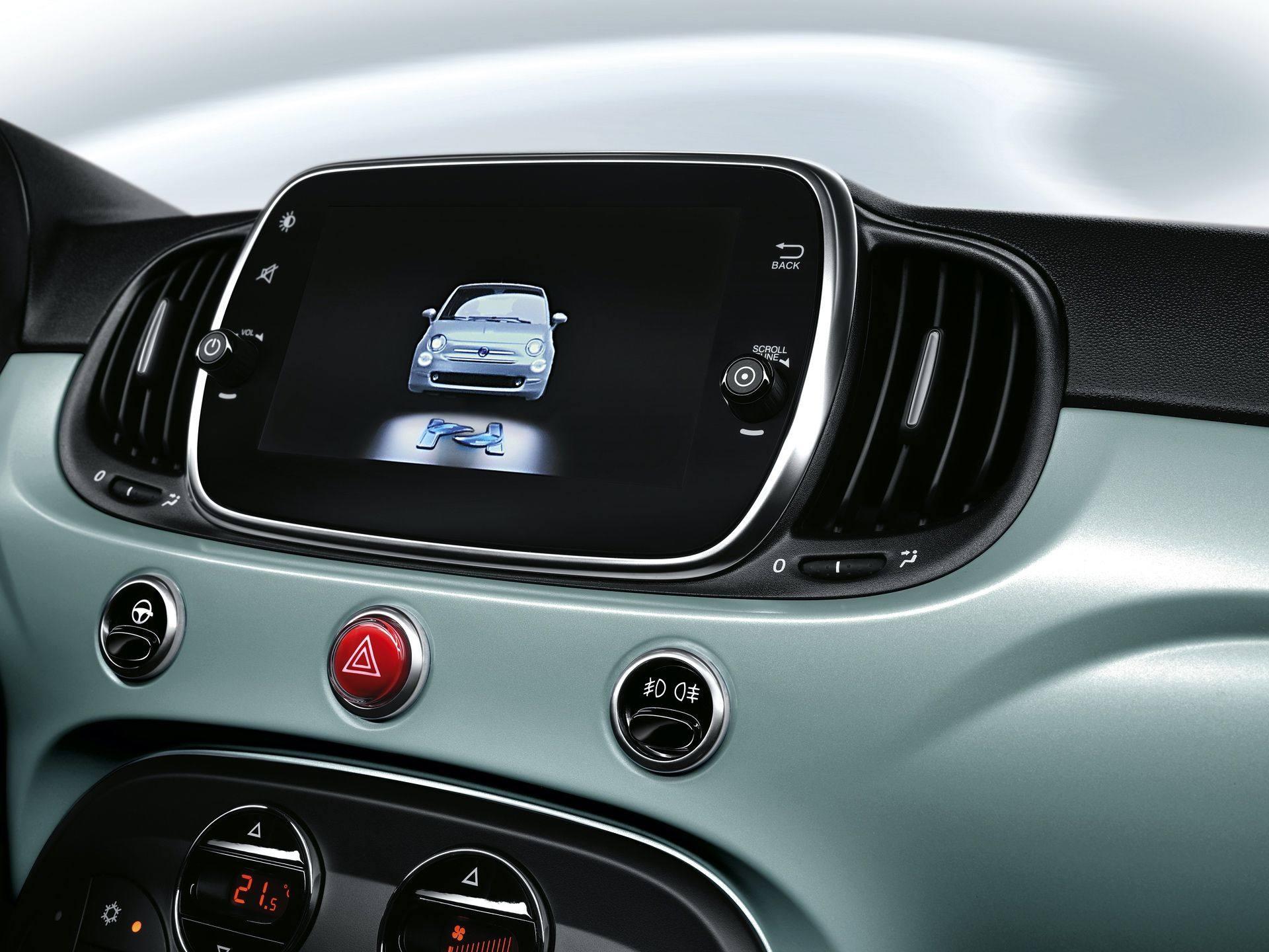 200108_Fiat_500-Hybrid-Launch-Edition_13