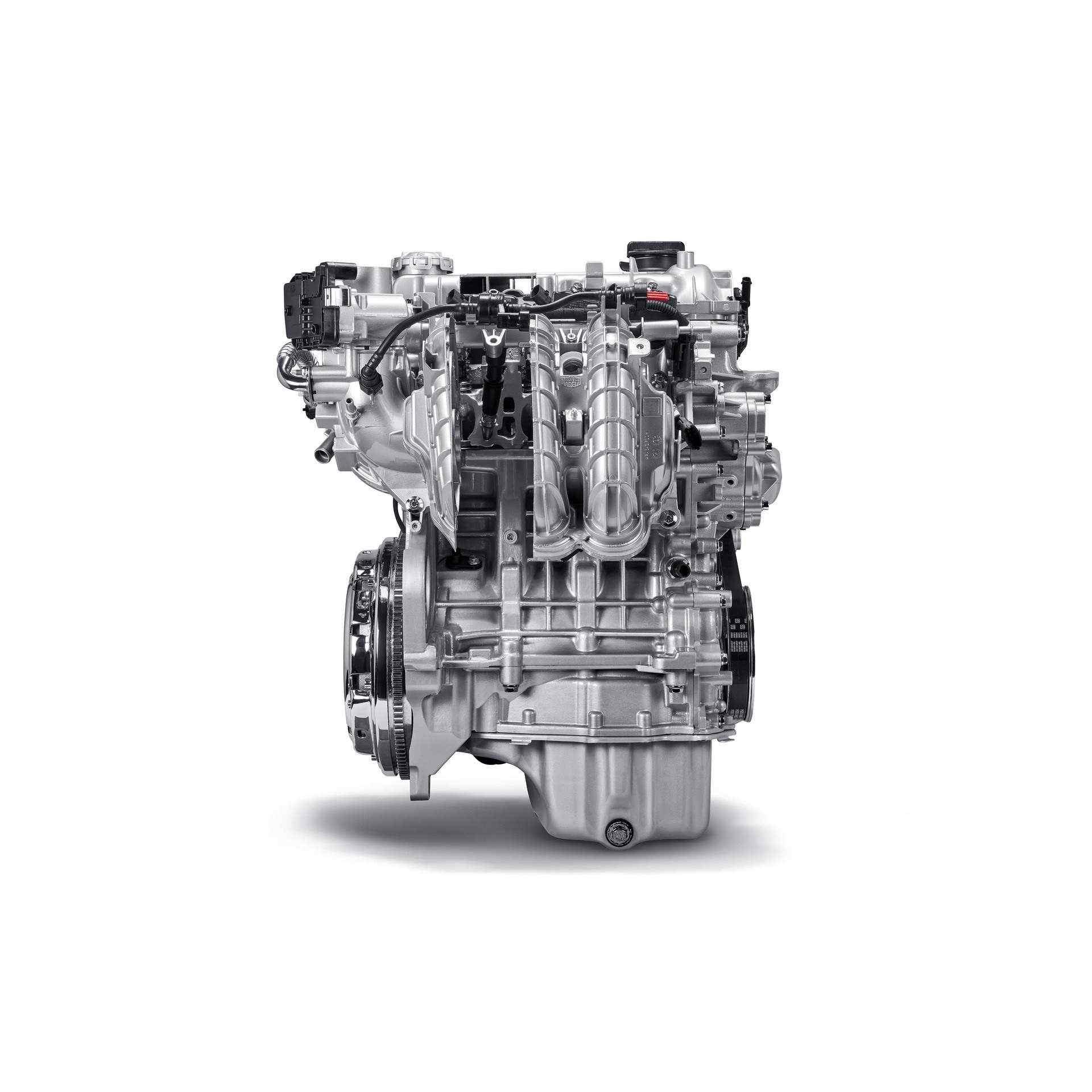 200108_Fiat_Mild-Hybrid-Engine_01