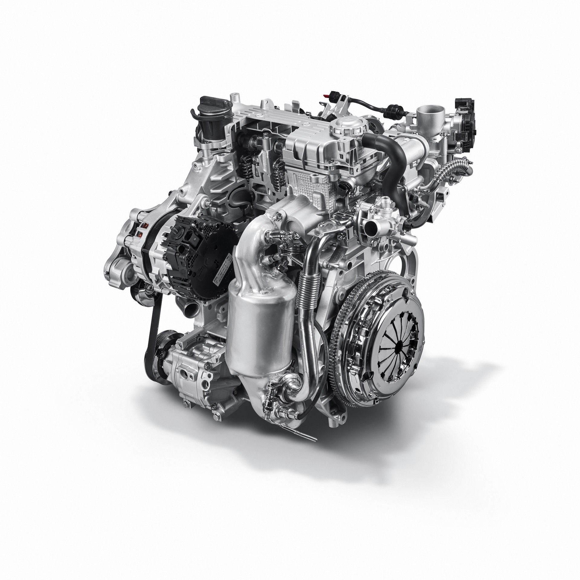 200108_Fiat_Mild-Hybrid-Engine_13