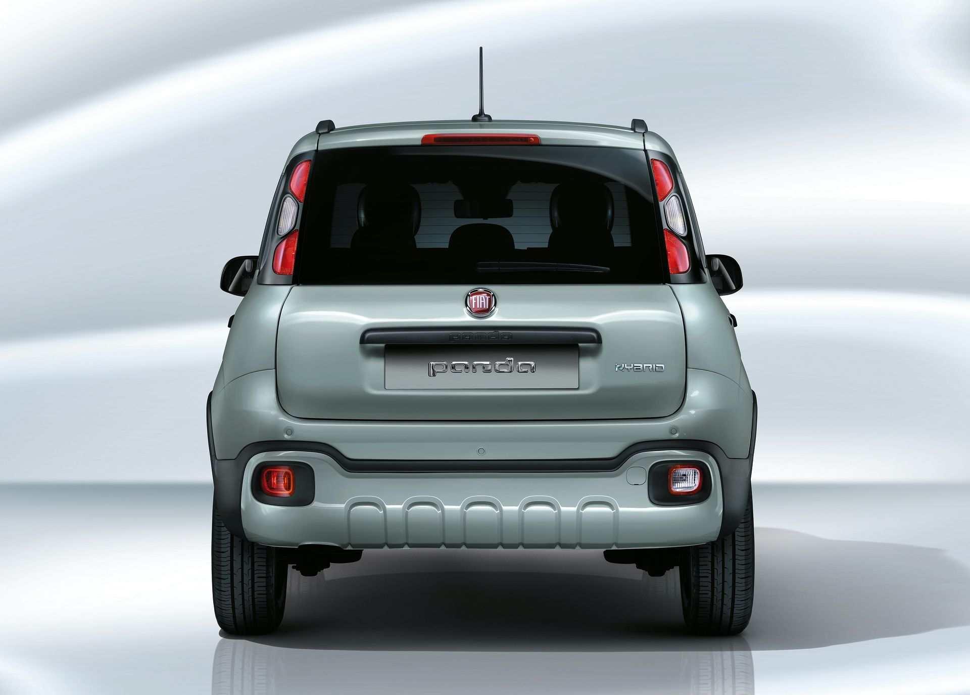200108_Fiat_Panda-Hybrid_2_04