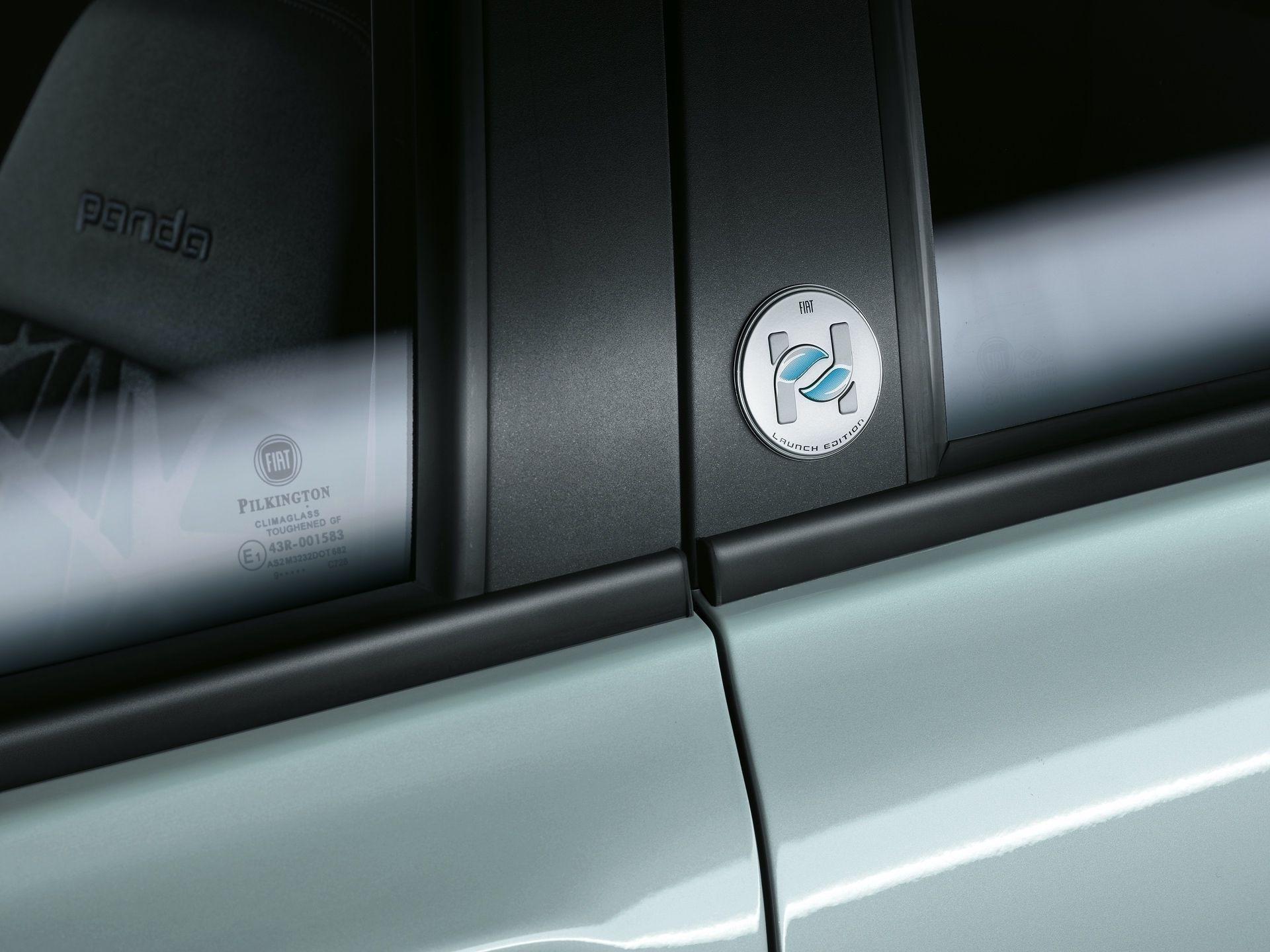 200108_Fiat_Panda-Hybrid_2_06