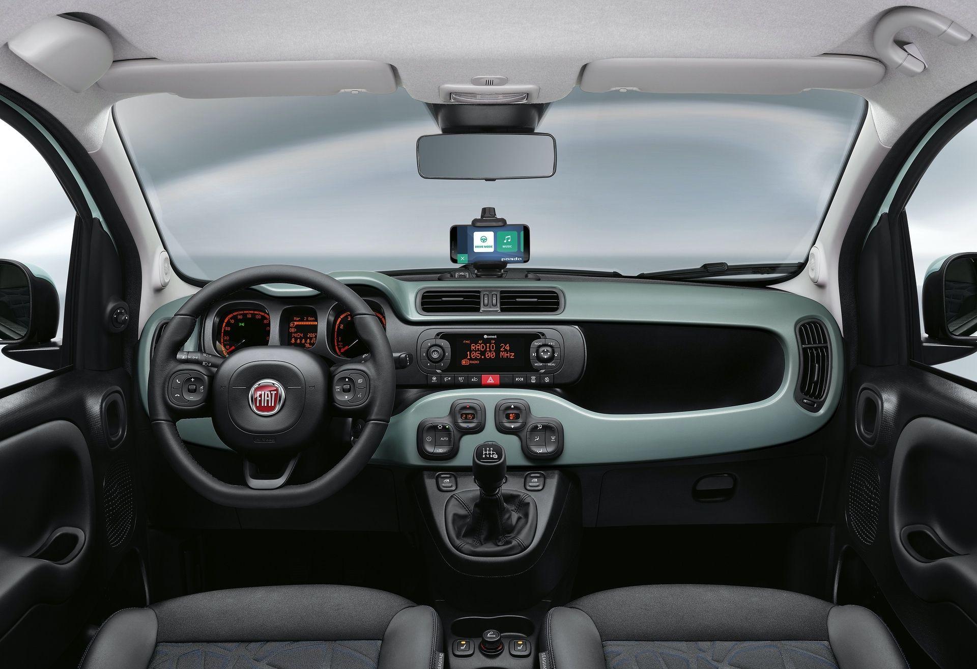 200108_Fiat_Panda-Hybrid_2_08