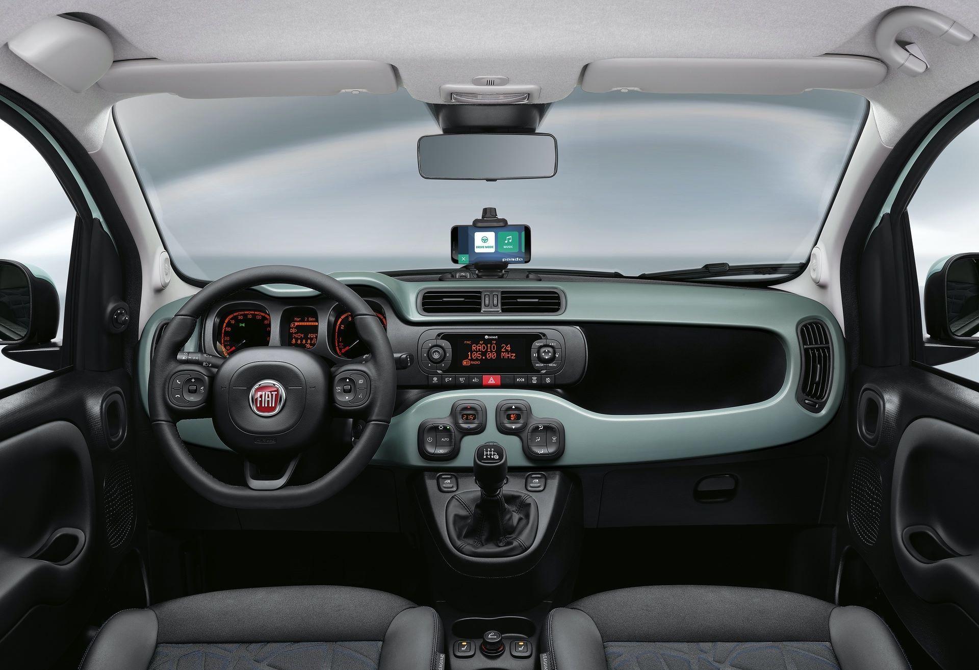 Fiat_Panda-Hybrid_01-10