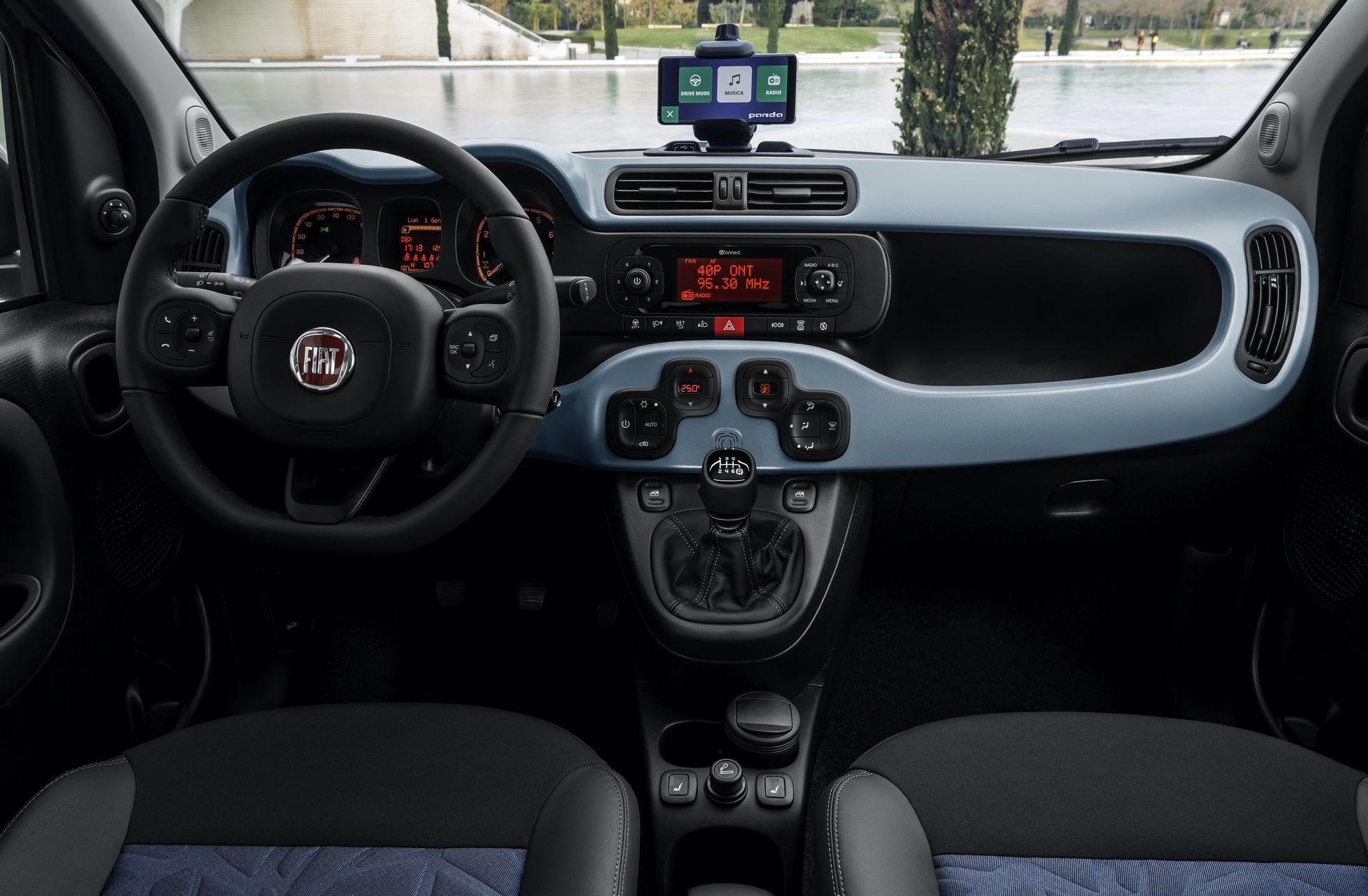 Fiat_Panda-Hybrid_01-17