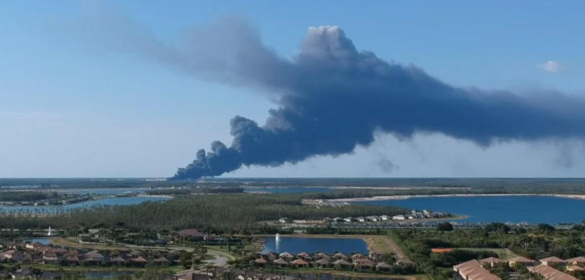 Fire_Florida_Airport_0005