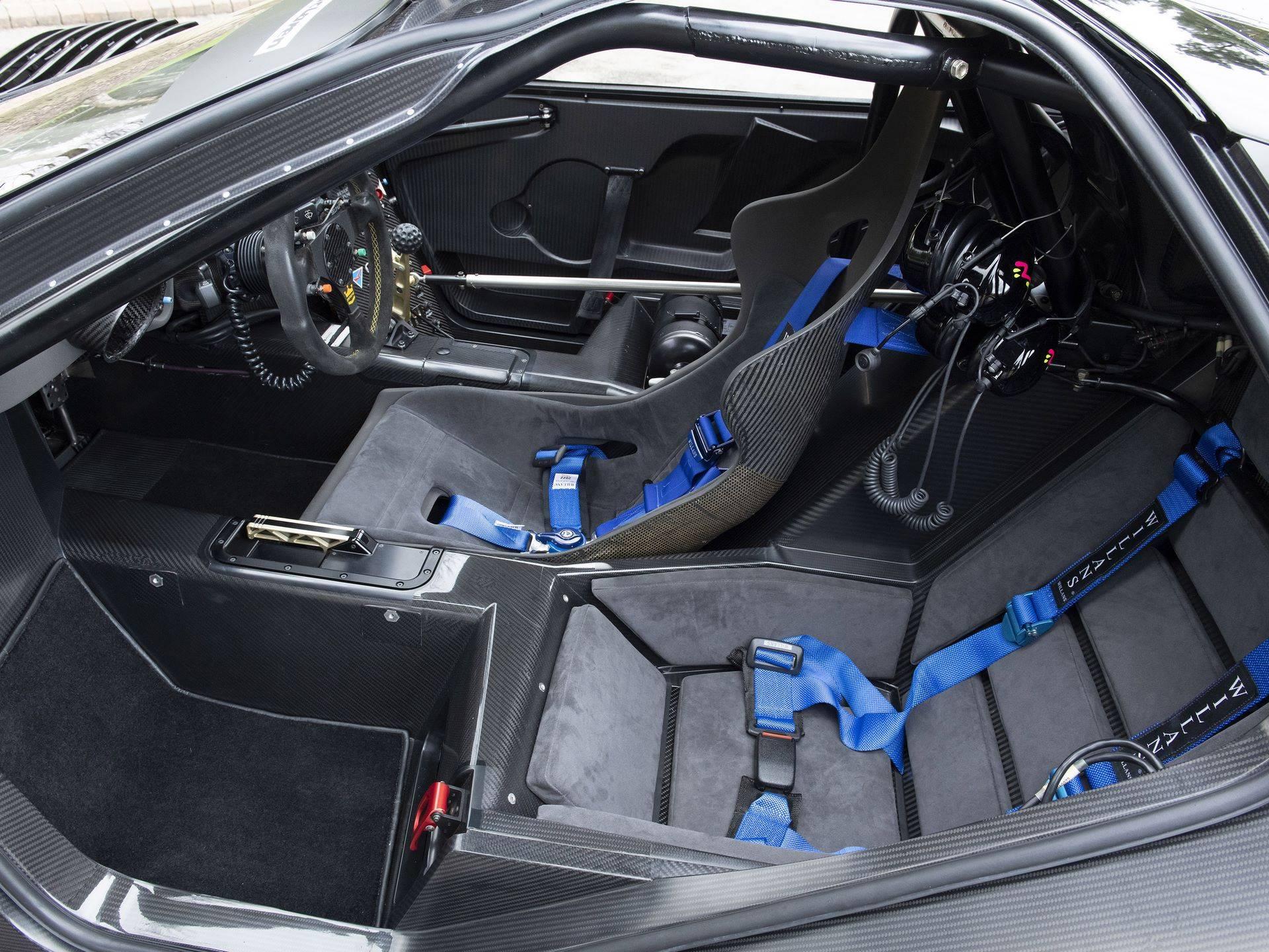 McLaren-F1-GTR-075