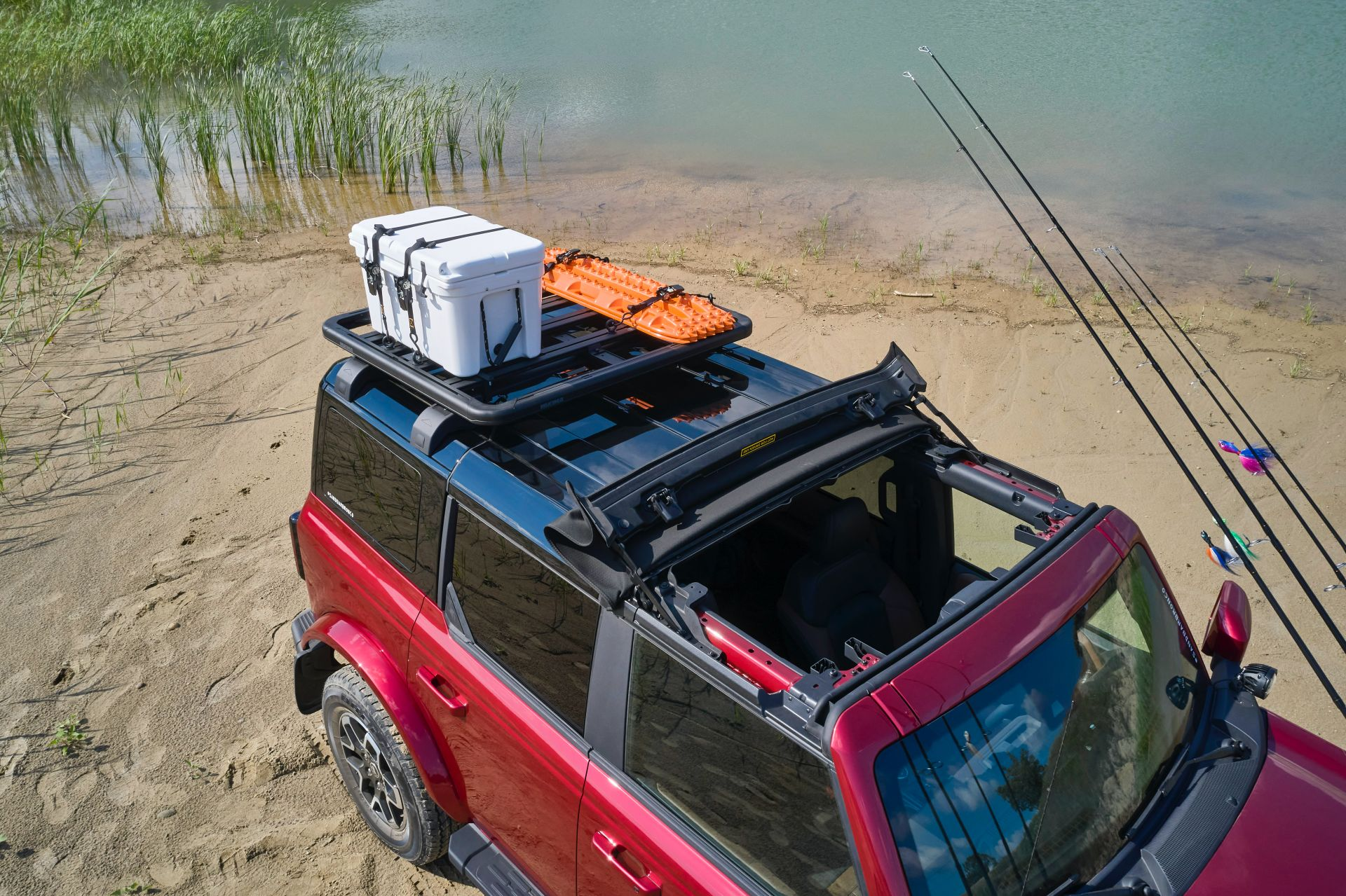 Ford-Bronco-4-Door-Outer-Banks-Fishing-Guide-Concept-2
