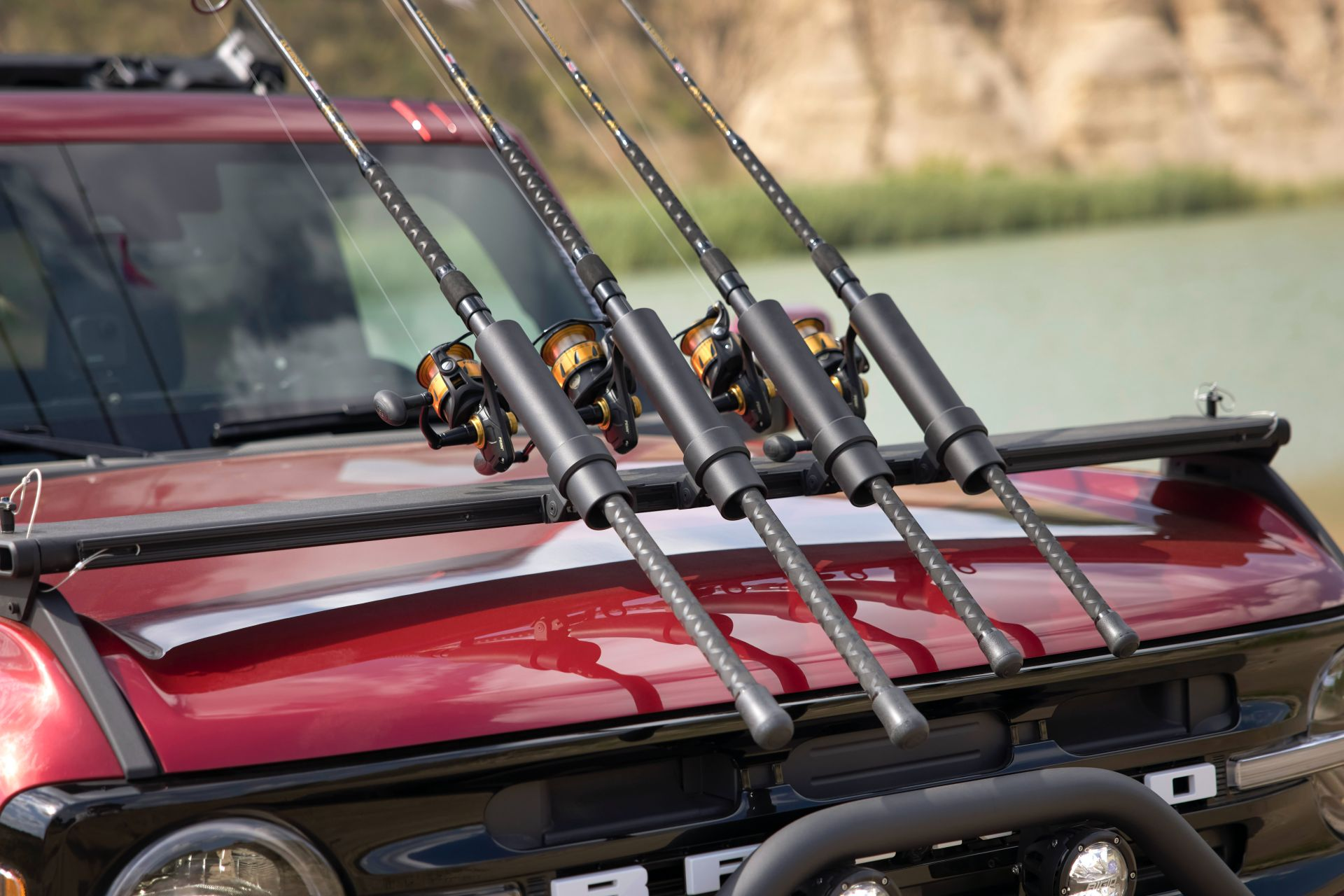 Ford-Bronco-4-Door-Outer-Banks-Fishing-Guide-Concept-3