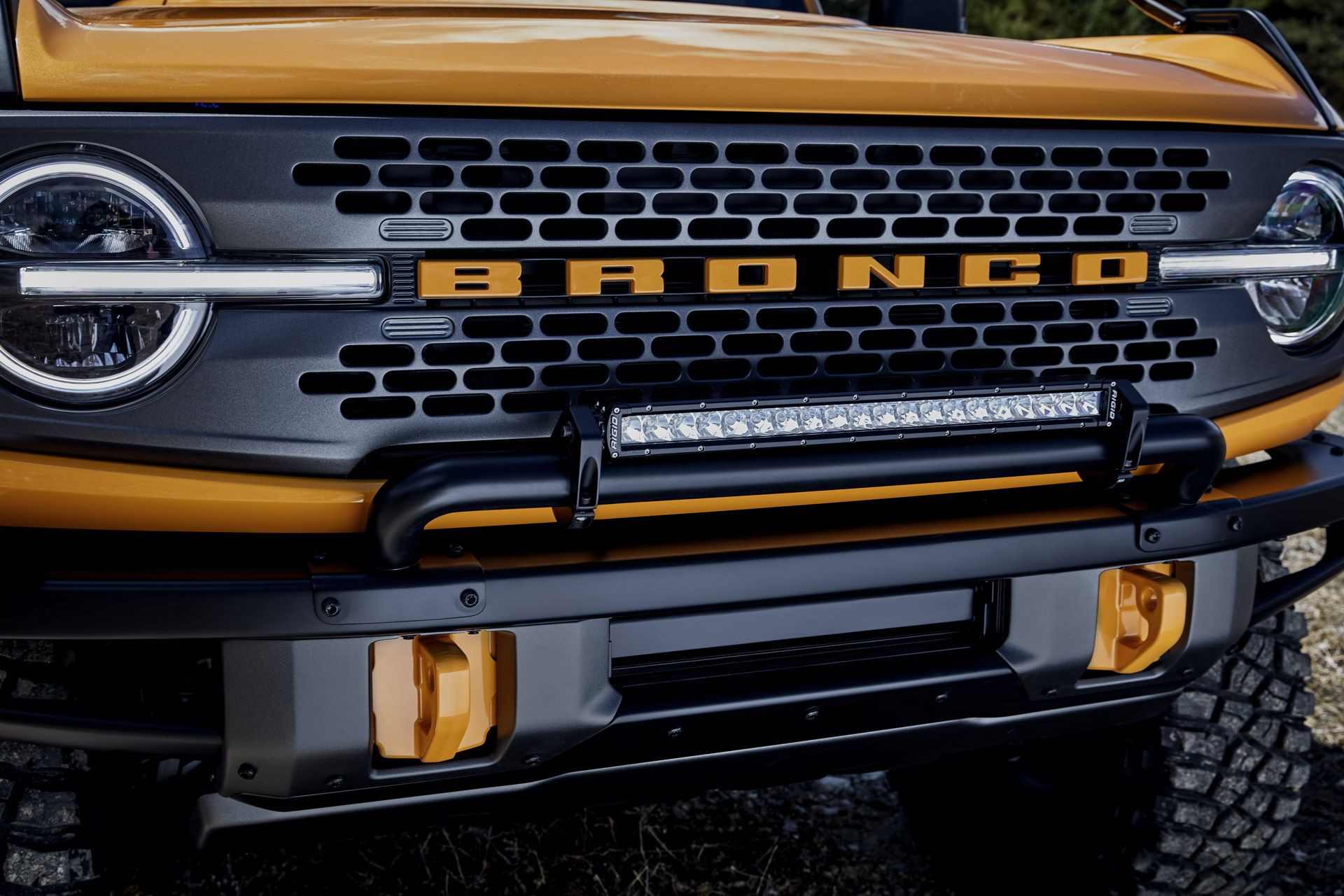 Ford-Bronco-2021-13