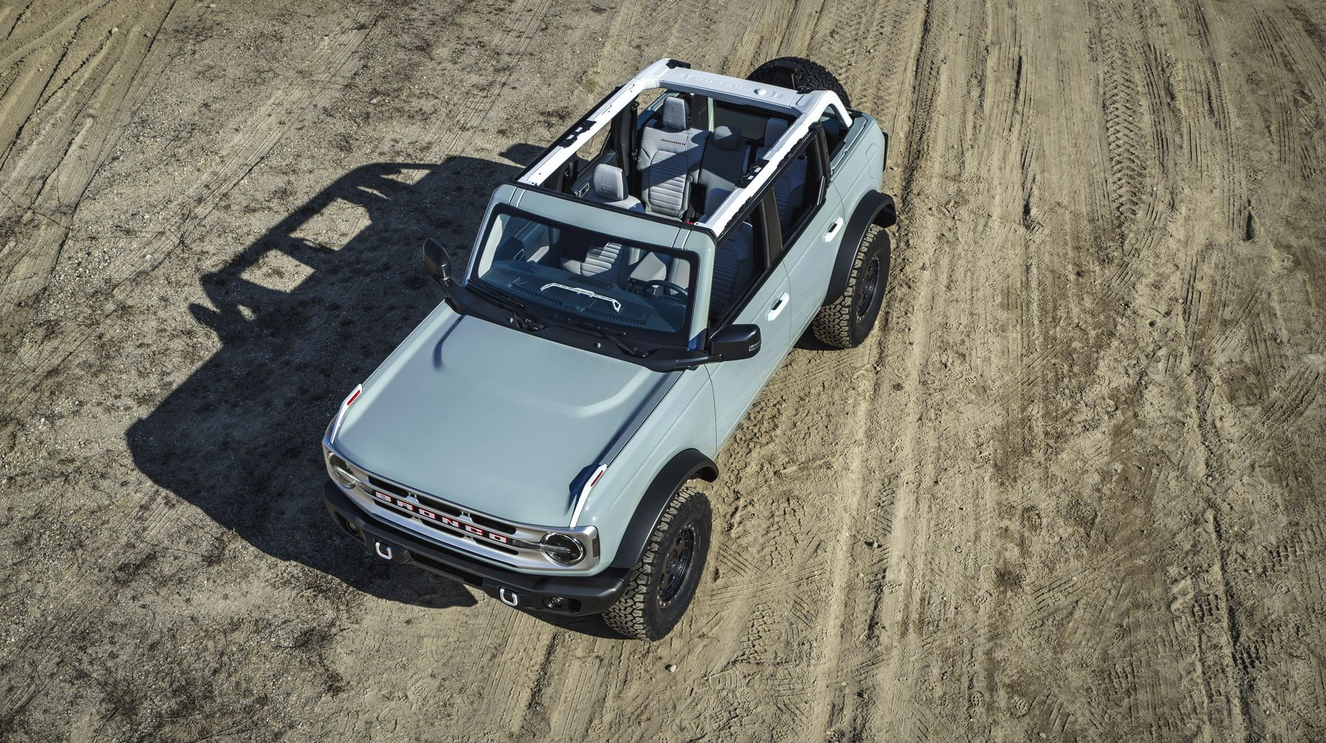 Ford-Bronco-2021-17
